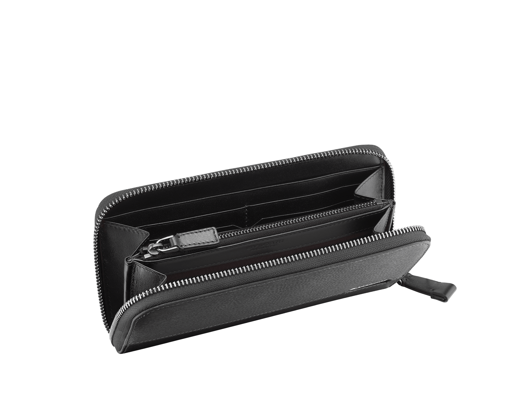 Man zipped wallet in black grazed calf leather and black calf leather. Bulgari logo on iconic Serpenti Scaglie Man metal plate finished in dark ruthenium. 282778 image 2