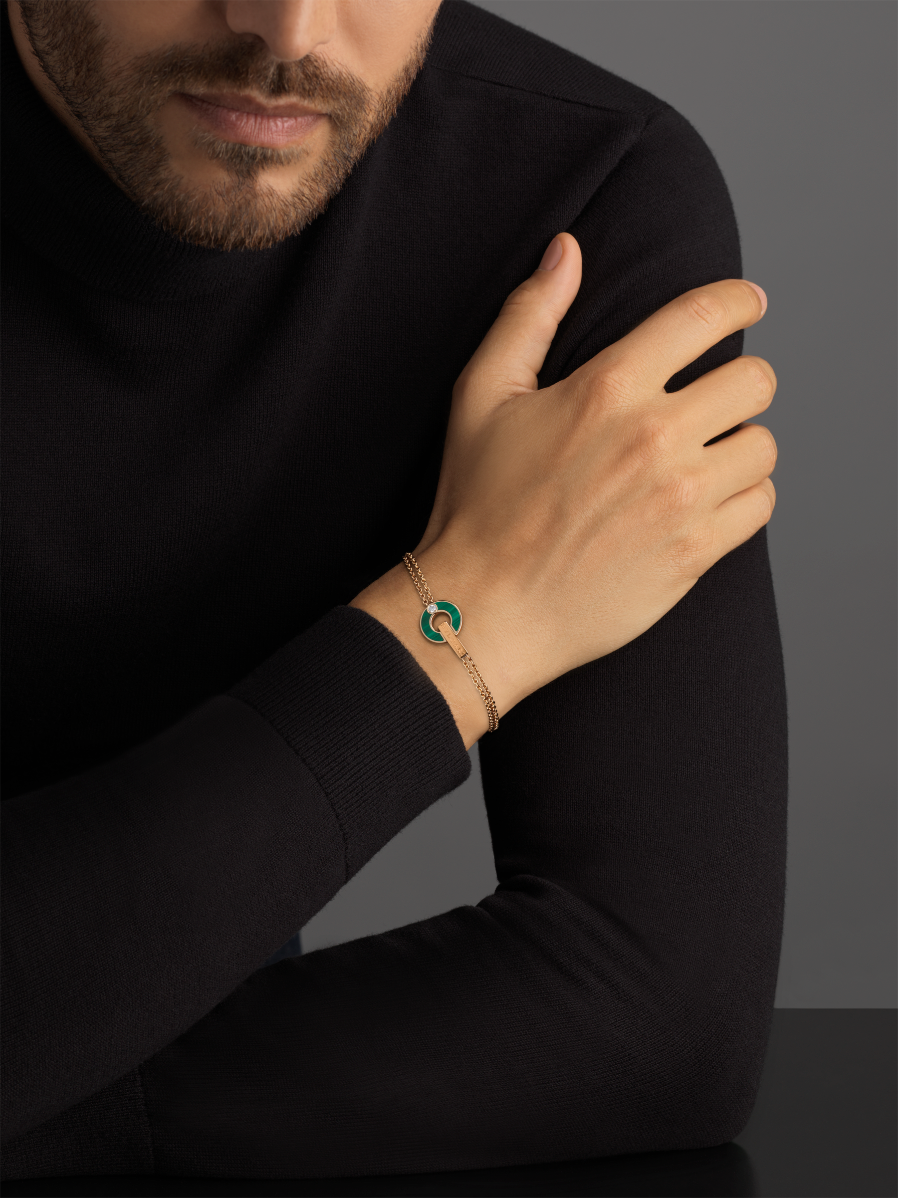 BVLGARI BVLGARI Openwork 18 kt rose gold bracelet set with malachite elements and a round brilliant-cut diamond BR858958 image 4