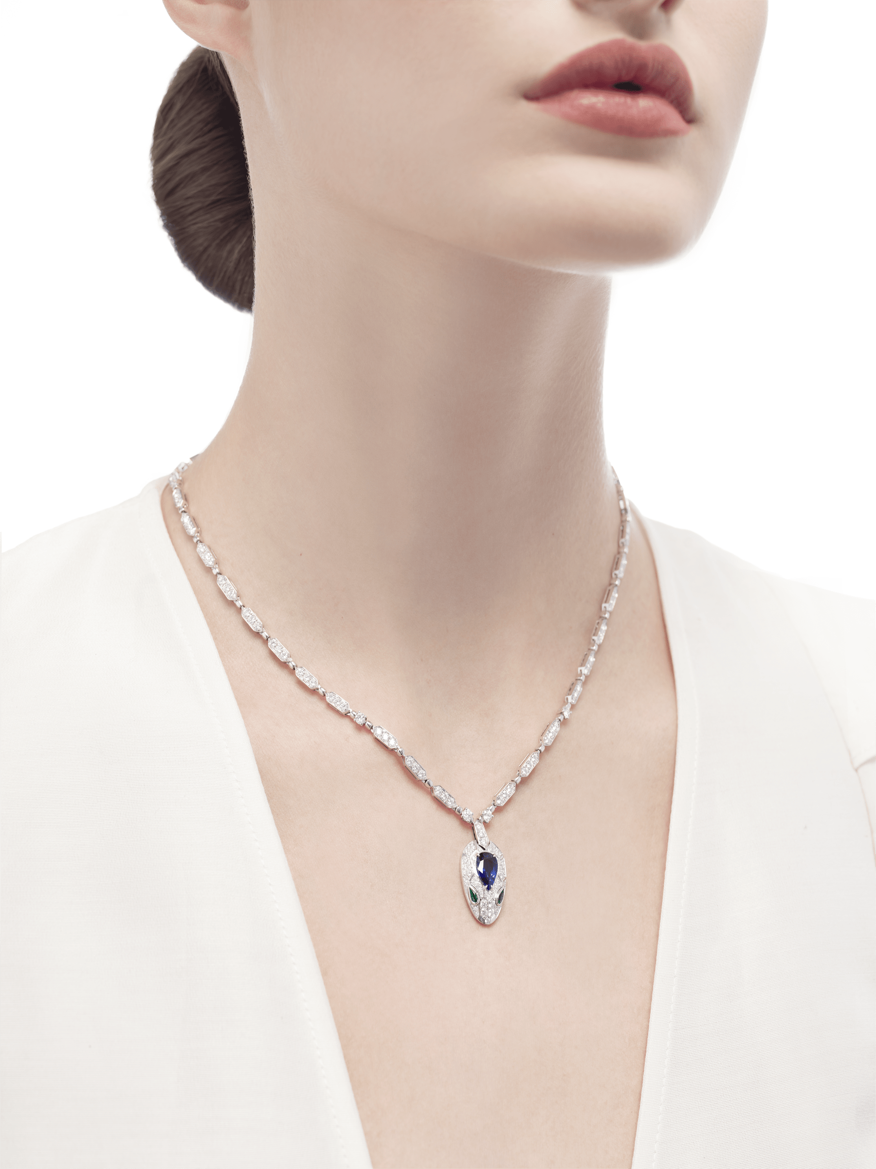 Serpenti 18 kt white gold necklace set with a blue sapphire on the head, emerald eyes and pavé diamonds 355354 image 2
