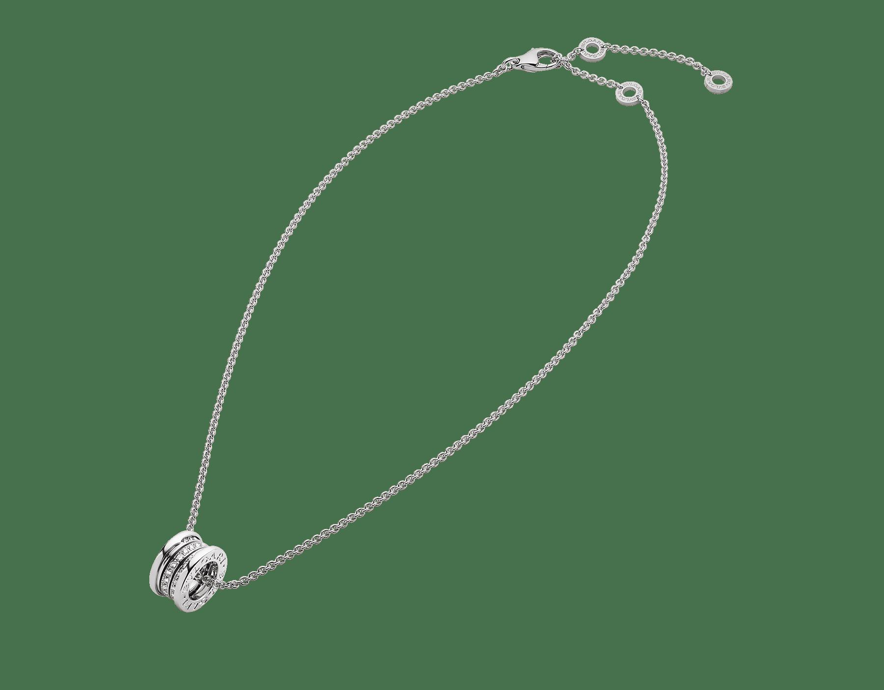 Con la emblemática espiral esculpida con un precioso pavé de diamantes alrededor de una cadena en oro blanco, el collar B.zero1 fusiona su distintivo diseño con la elegancia contemporánea. 352816 image 2