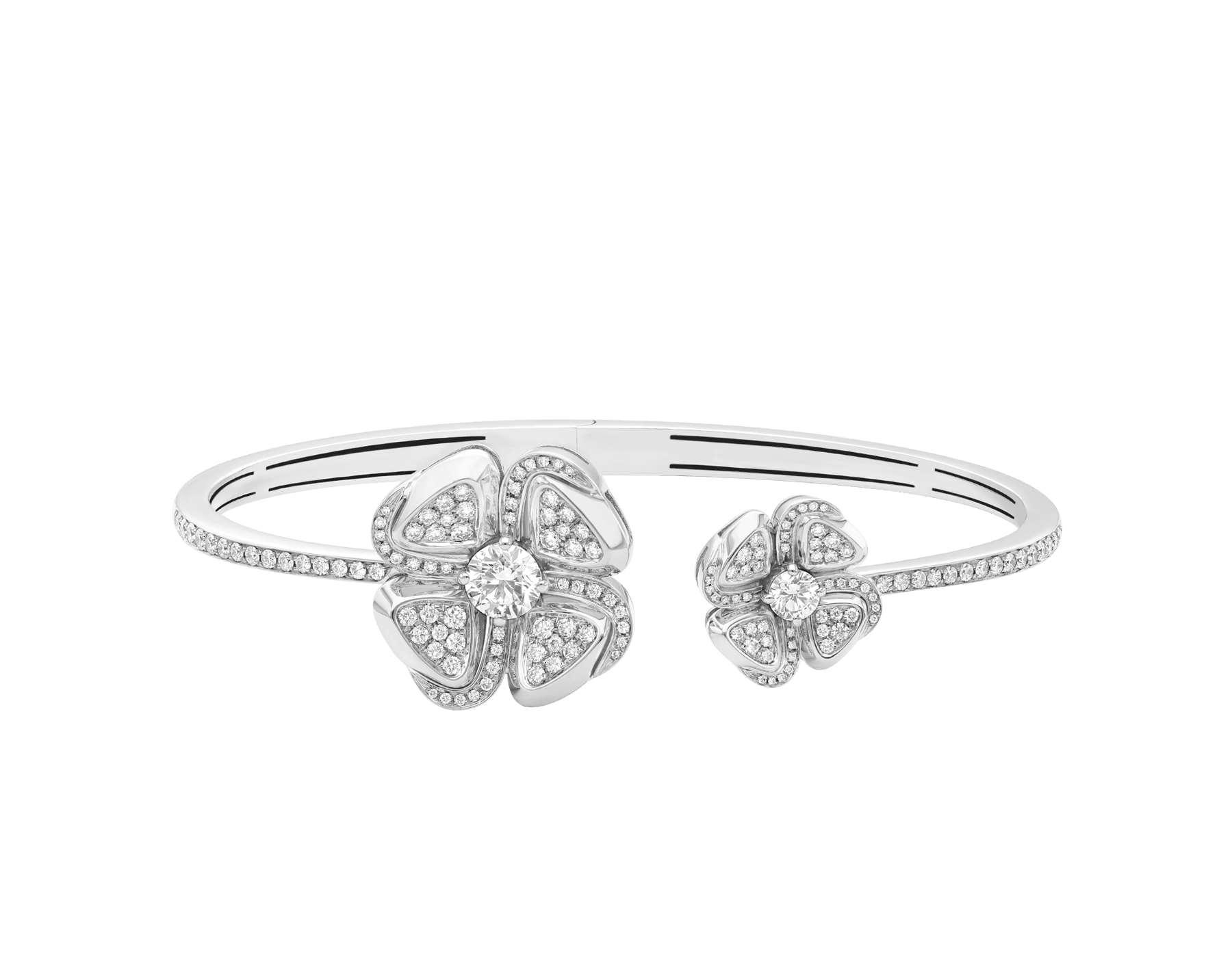 Fiorever 18 kt white gold bangle set with two central diamonds and pavé diamonds. BR858890 image 3