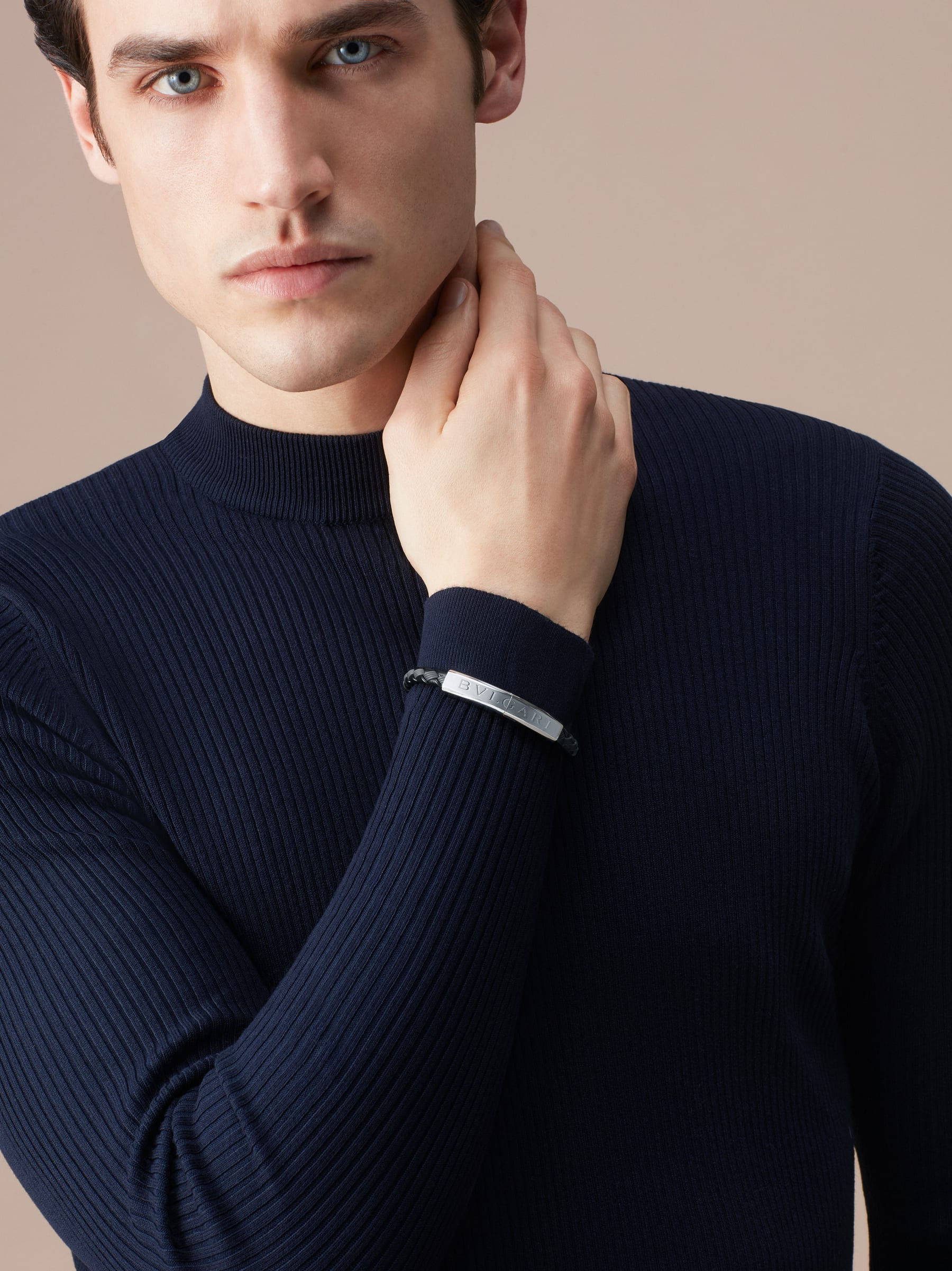 """""""BVLGARI BVLGARI"""" bracelet in black calf leather and black rubber with a palladium plated brass plate closure with Bvlgari logo. LogoPlate-CLR-B image 2"""