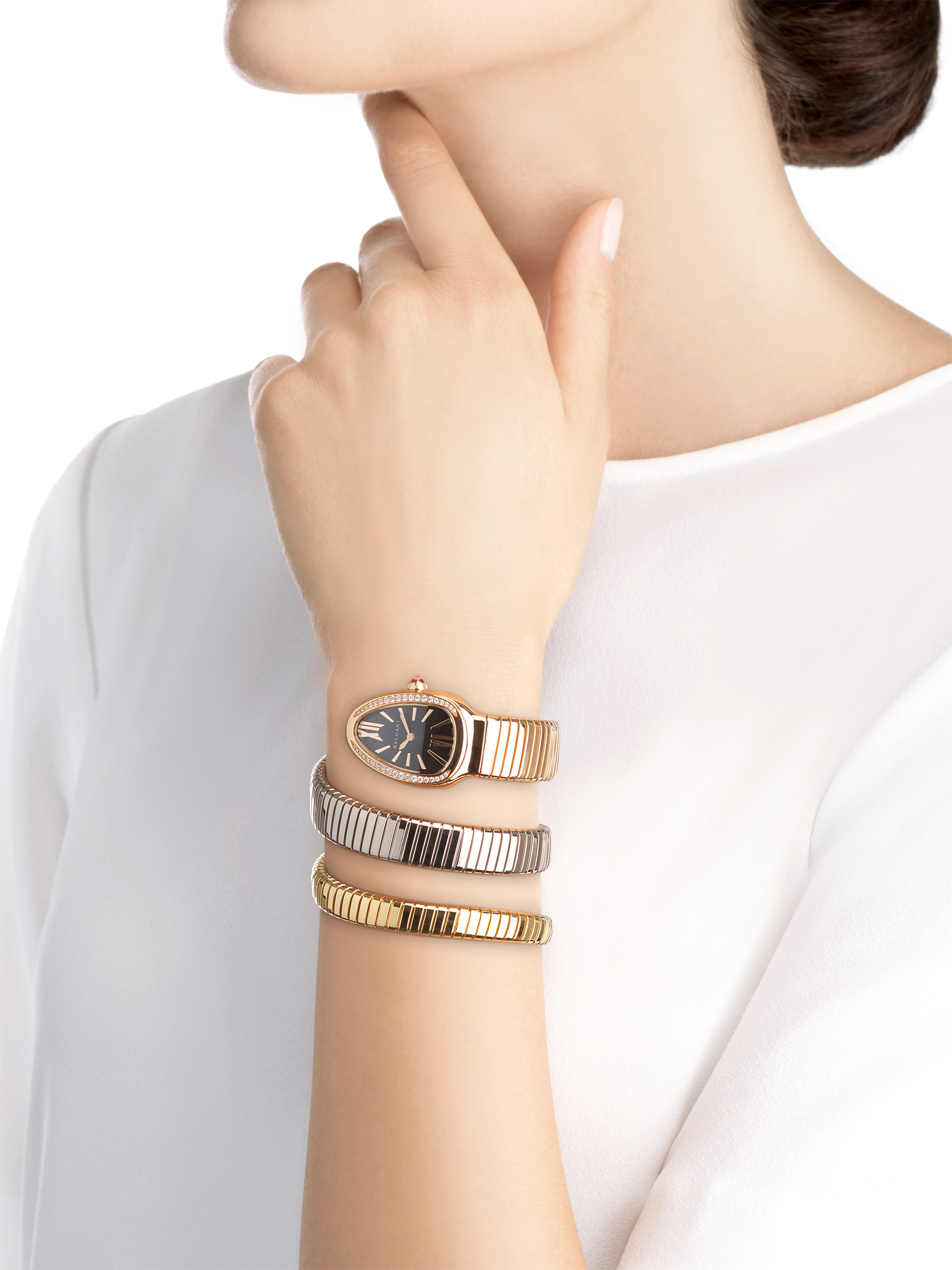 Serpenti Tubogas double spiral watch with 18 kt rose gold case set with round brilliant-cut diamonds, black opaline dial and 18 kt rose, yellow and white gold bracelet 102948 image 4