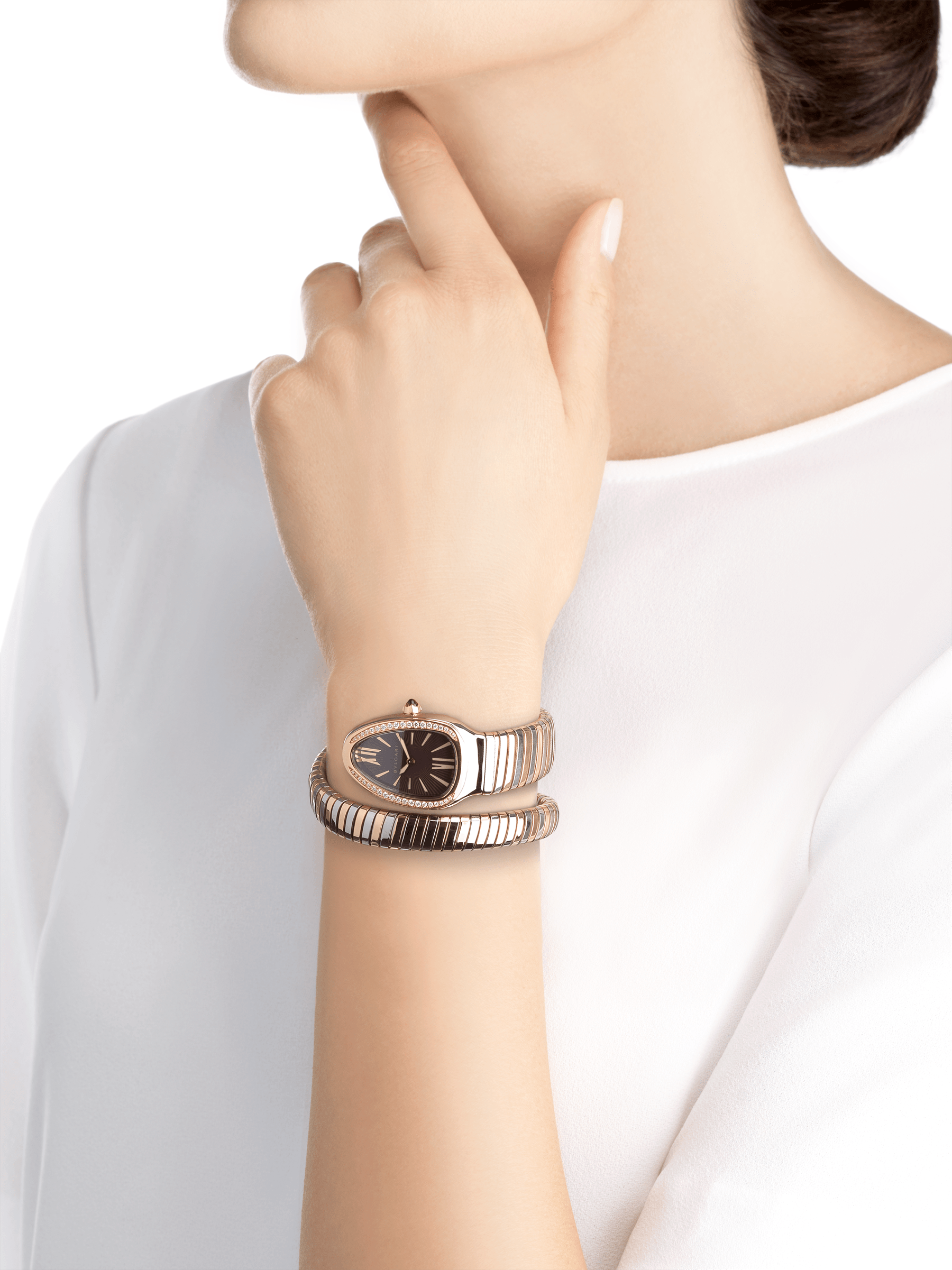 Serpenti Tubogas single spiral watch with stainless steel case, 18 kt rose gold bezel set with brilliant cut diamonds, violet lacquered dial, 18 kt rose gold and stainless steel bracelet. 102493 image 4