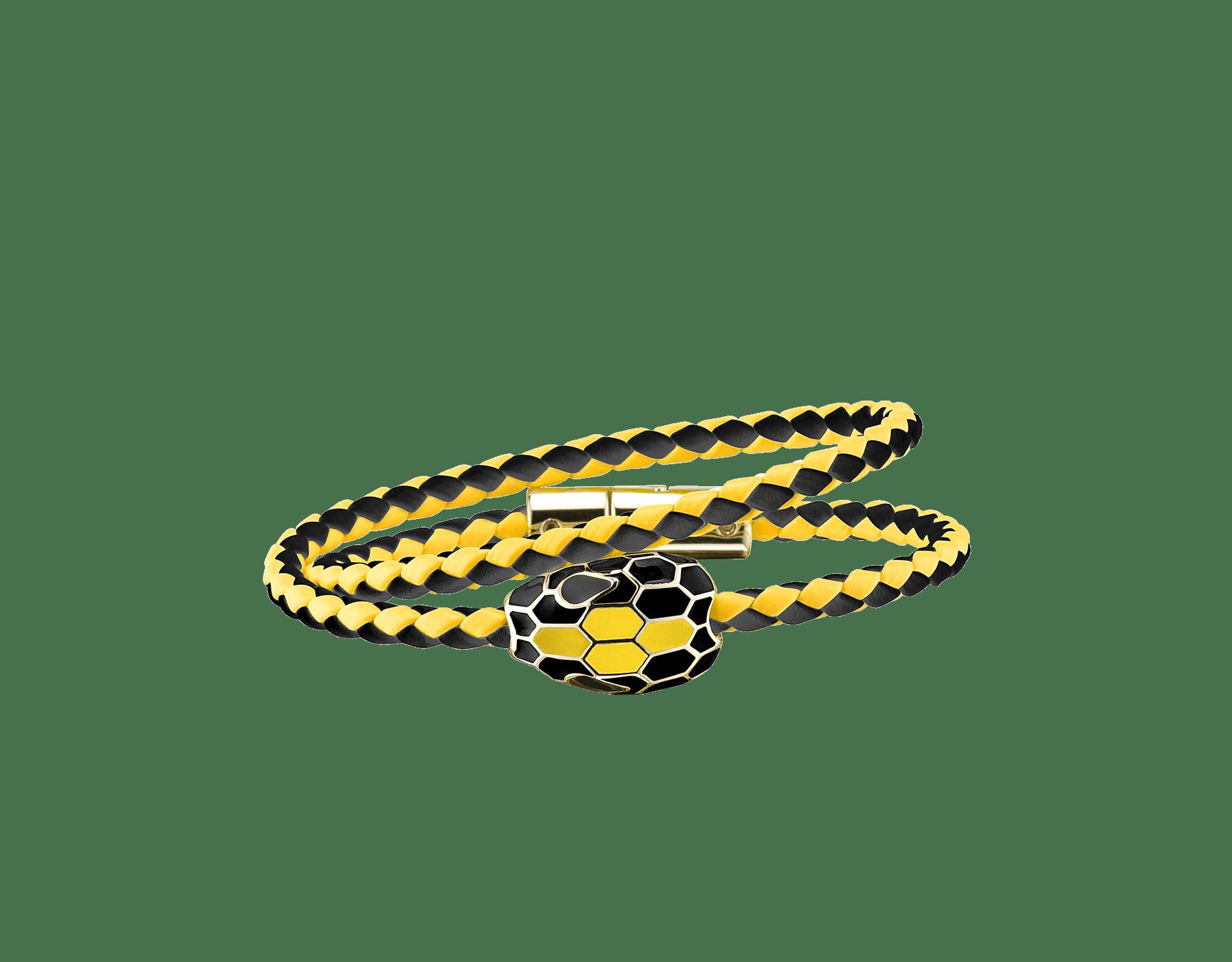 Bracelet tressé multi-tours Serpenti Forever en cuir de veau tressé noir et couleur Daisy Topaz avec motif Serpenti emblématique en émail noir et couleur Daisy Topaz et yeux en émail noir au charme envoûtant. SerpDoubleBraid-WCL-BDT image 1