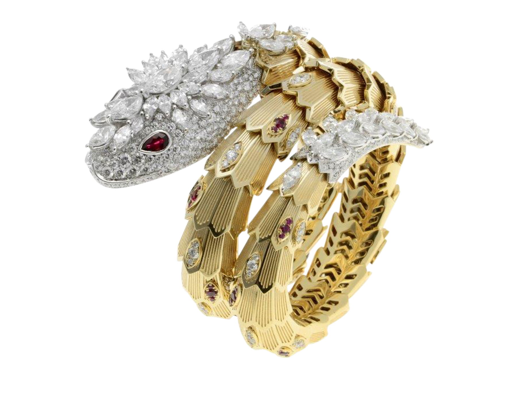 Encircling the wrist with a seductive resplendence, the Serpenti bracelet shines with the gleam of its diamond crown and with the preciousness of its ruby eyes. 260562 image 1