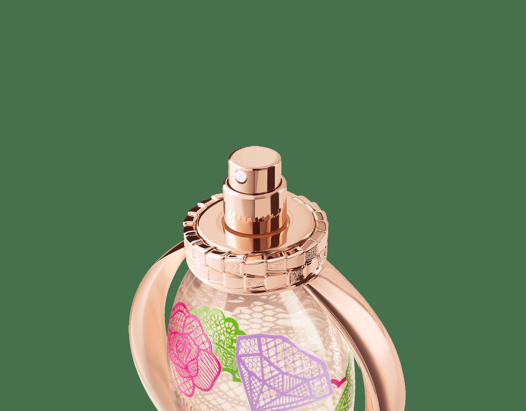 A new Limited Edition in collaboration with a Korean artist, Kathleen Kye, encapsulating the original Rose Goldea Eau de Parfum. 41150 image 4