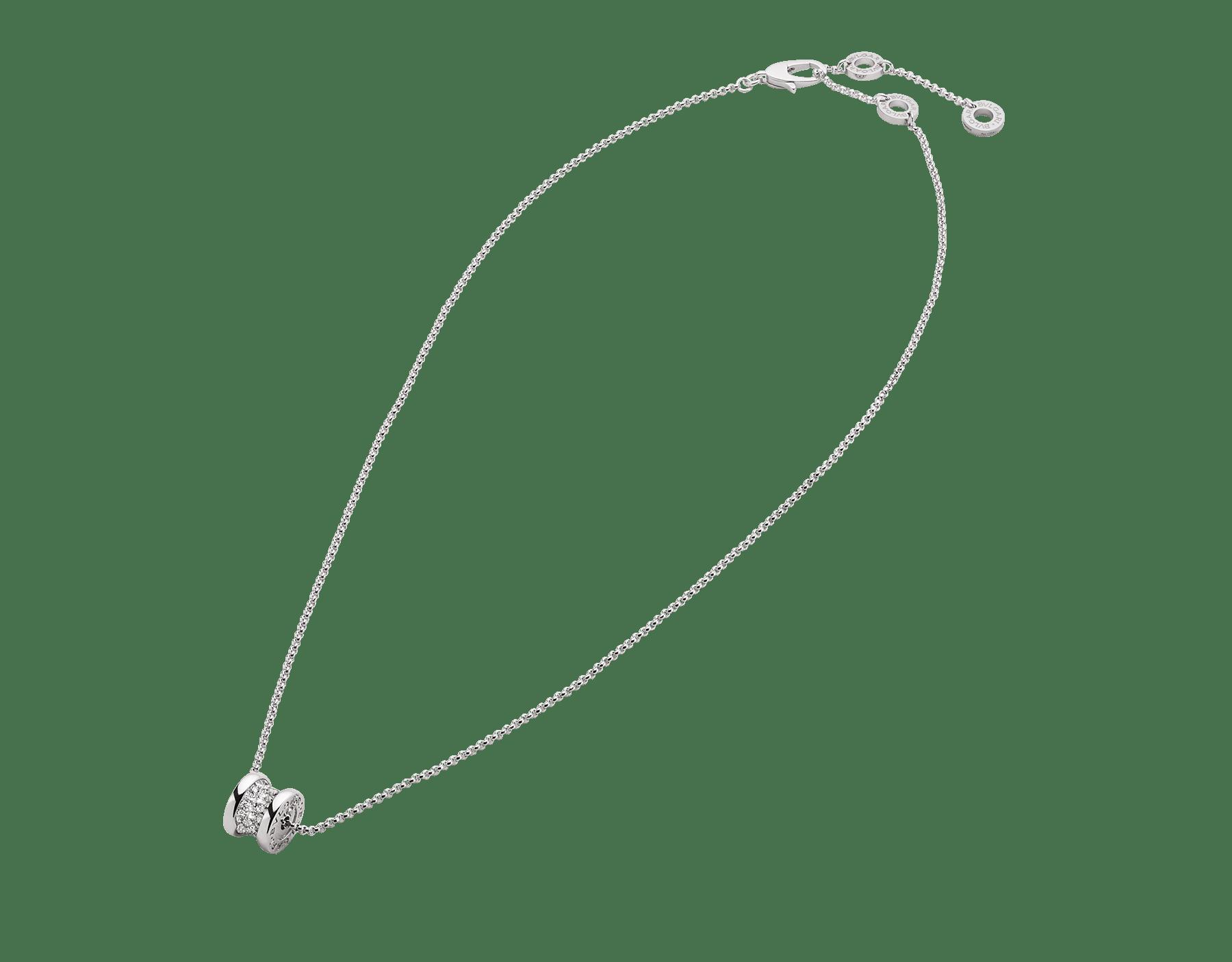 高貴なパヴェダイヤモンドをあしらった象徴的な螺旋(らせん)にホワイトゴールド製チェーンを通したビー・ゼロワン ネックレス。その独特のデザインは、現代的なエレガンスと融合します。 351117 image 2
