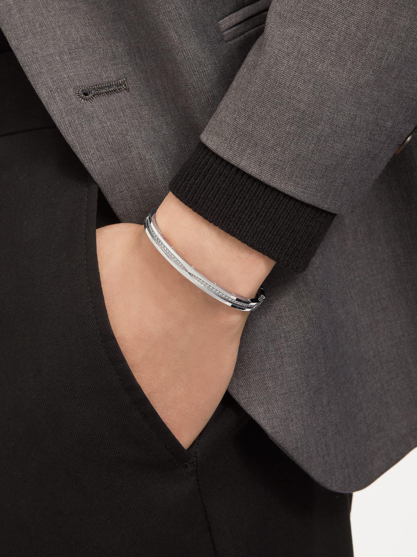 B.zero1 18 kt white gold bracelet set with pavé diamonds on the spiral BR859000 image 2