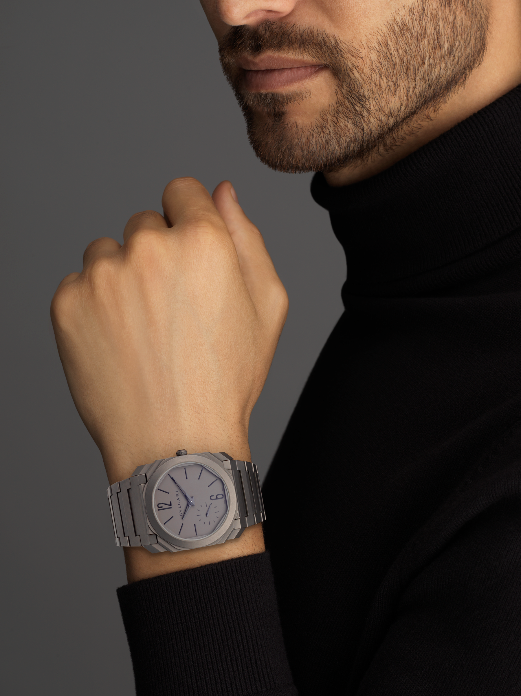 Octo Finissimo Automatic watch in titanium case and bracelet with extra thin mechanical manufacture movement, automatic winding, small seconds and titanium dial. 102713 image 5