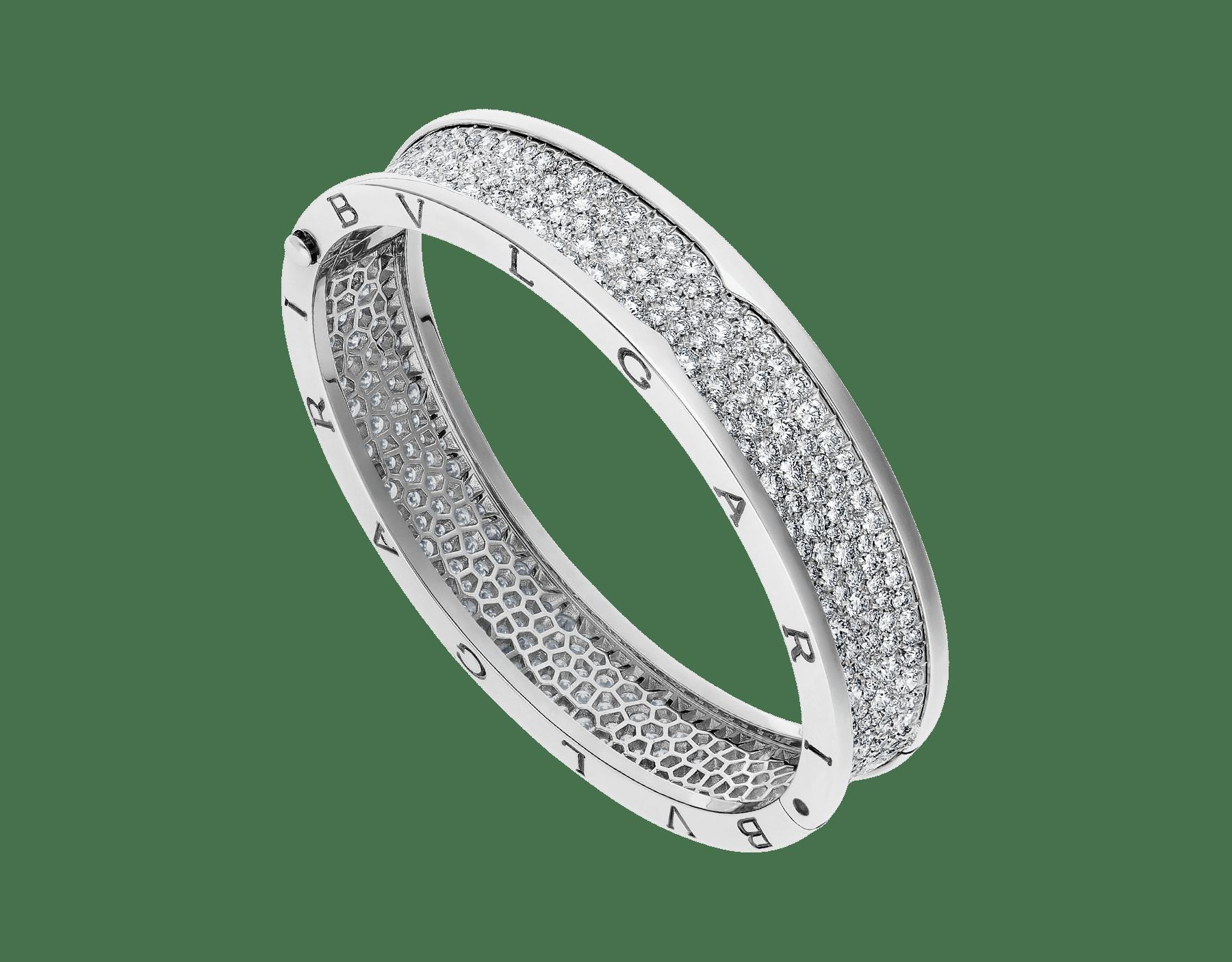 B.zero1 large bangle bracelet in 18 kt white gold set with pavé diamonds on the spiral. BR856218 image 1