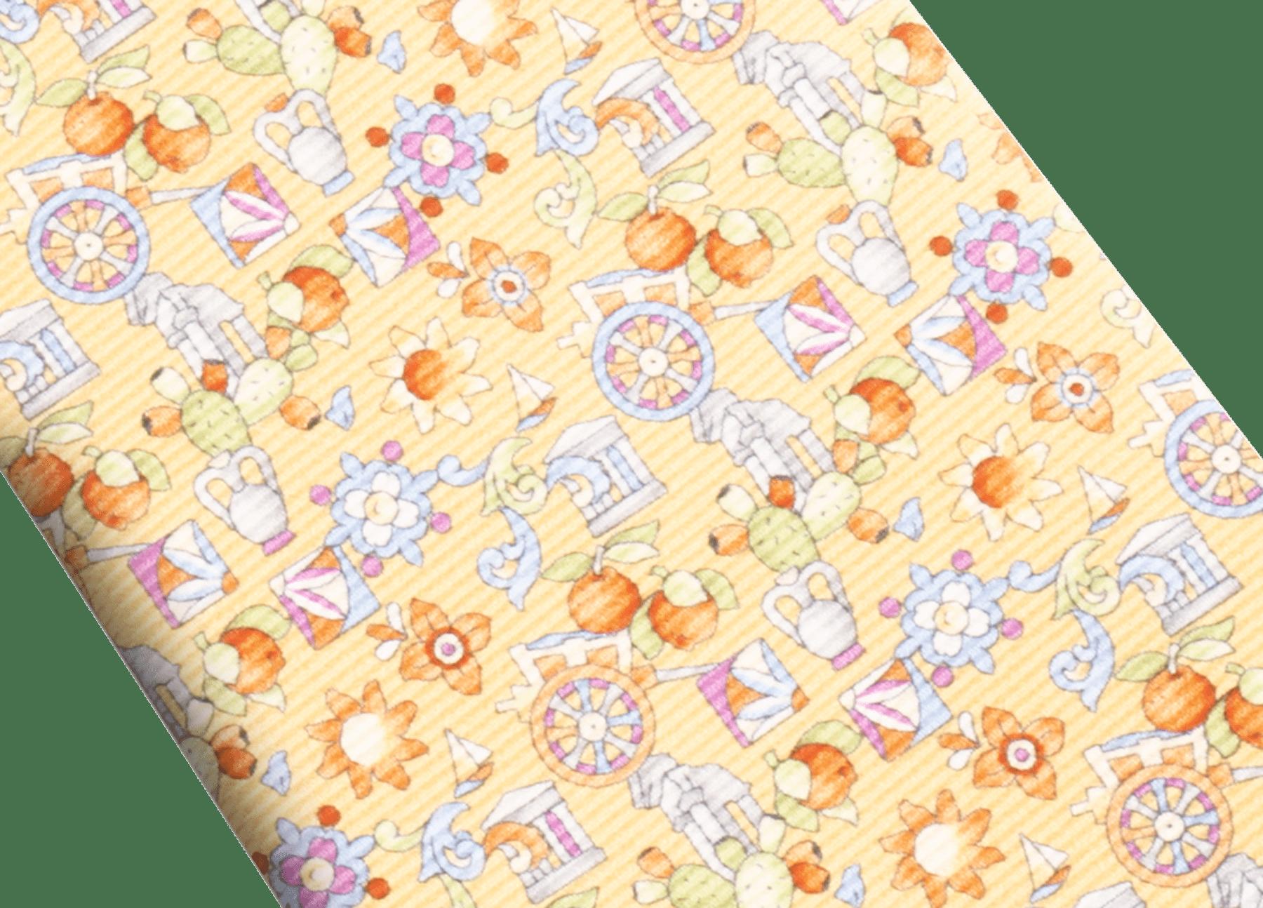 """Siebenfach gefaltete goldgelbe Krawatte mit """"Sicily""""-Muster in feiner bedruckter Saglione-Seide. 244124 image 2"""