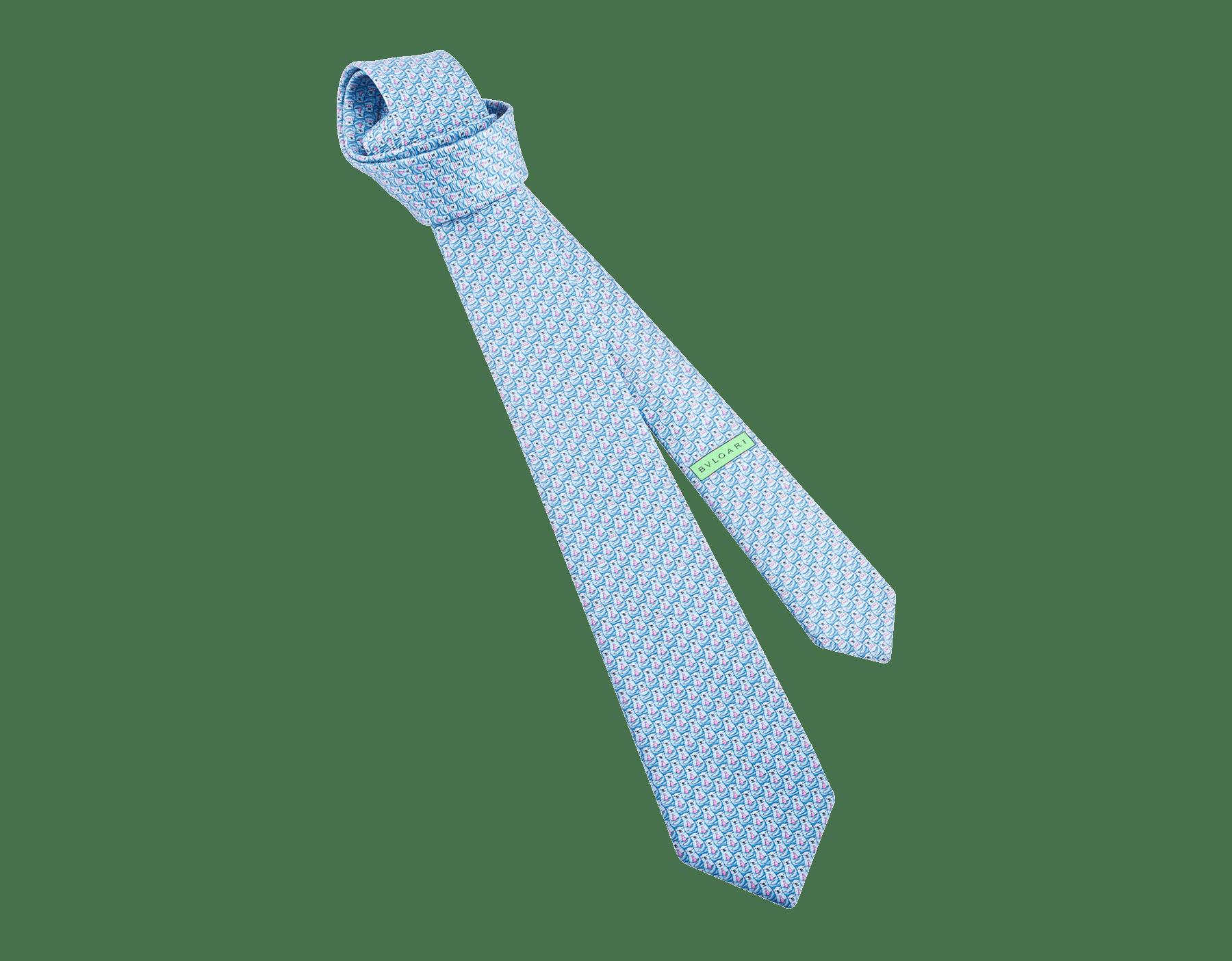 Gravata de sete dobras azul-claro com padrão Bear Daddy em fina sarja de seda estampada. 243623 image 1