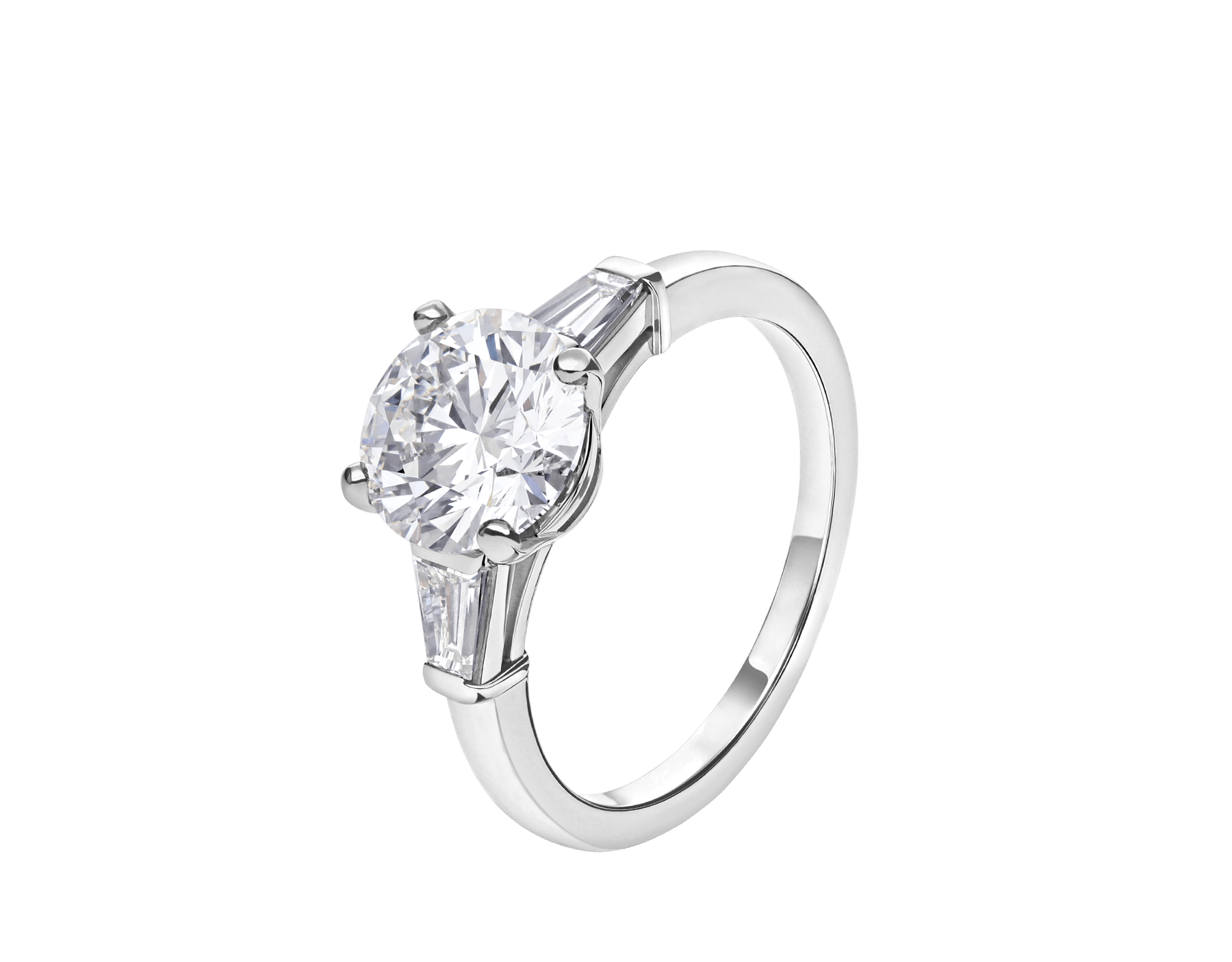 Griffe ring in platinum with round brilliant cut diamond and 2 side diamonds. Available from 1 ct. 331636 image 1