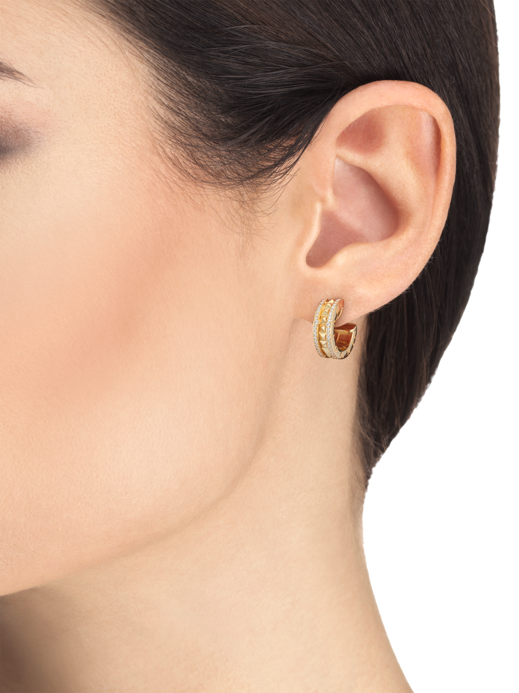 B.zero1 Rock 18 kt yellow gold earrings with studded spiral and pavé diamonds on the edges 357918 image 3
