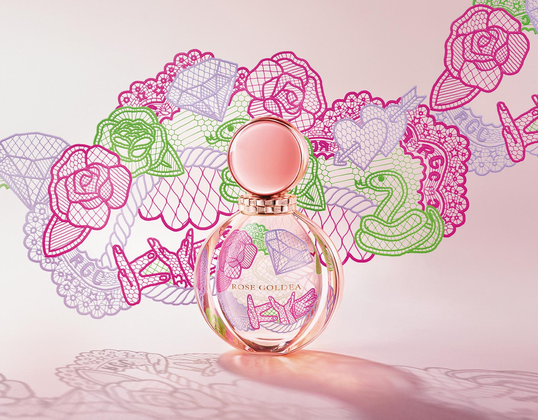 A new Limited Edition in collaboration with a Korean artist, Kathleen Kye, encapsulating the original Rose Goldea Eau de Parfum. 41150 image 6