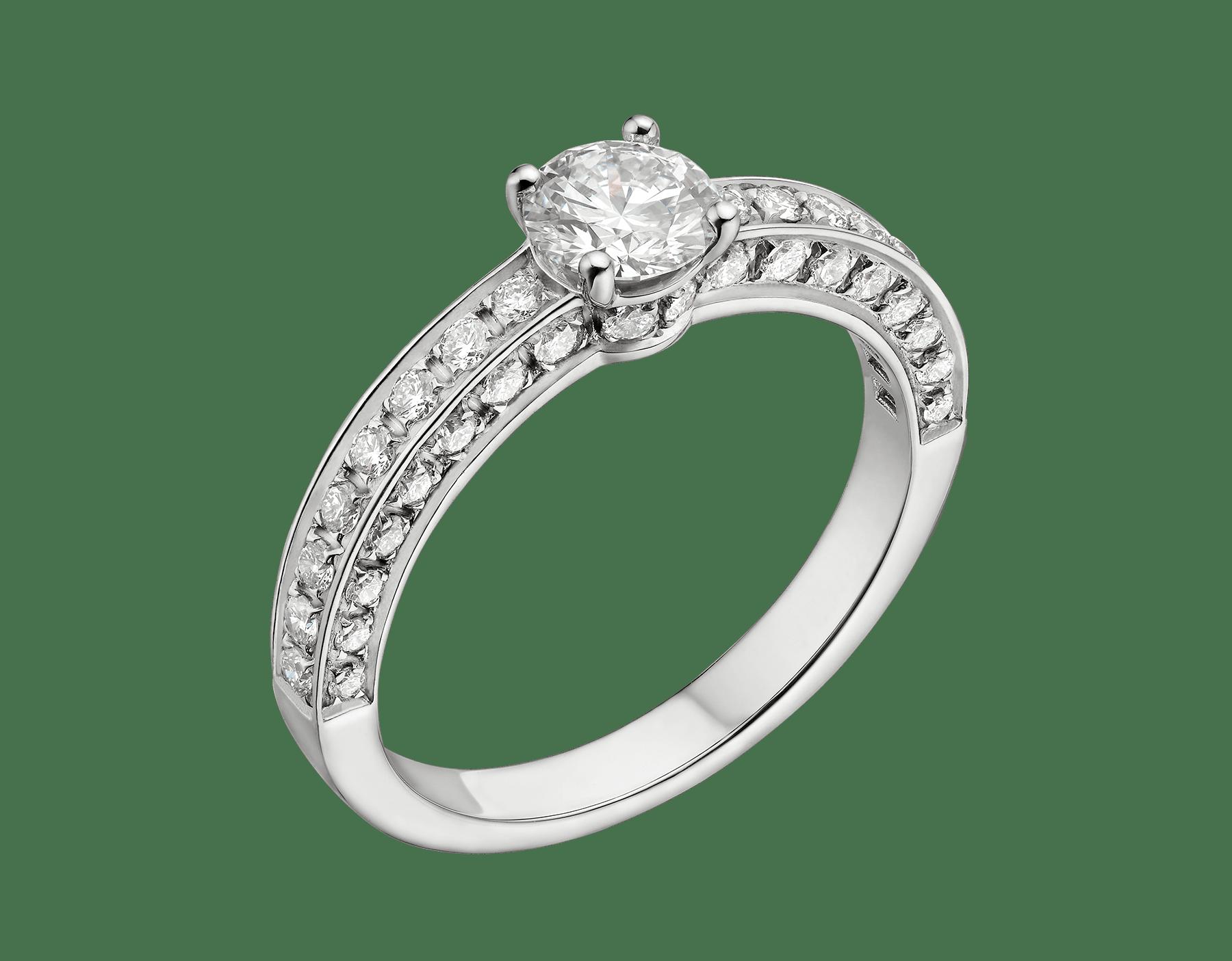 Dedicata a Venezia: 1503 鉑金單顆美鑽戒指,鑲飾圓形明亮型切割鑽石和密鑲鑽石。鑽石重量 0.30 克拉起。定情戒在歷史上最早見於西元 1503 年,這款戒指就是以此命名。 348444 image 1