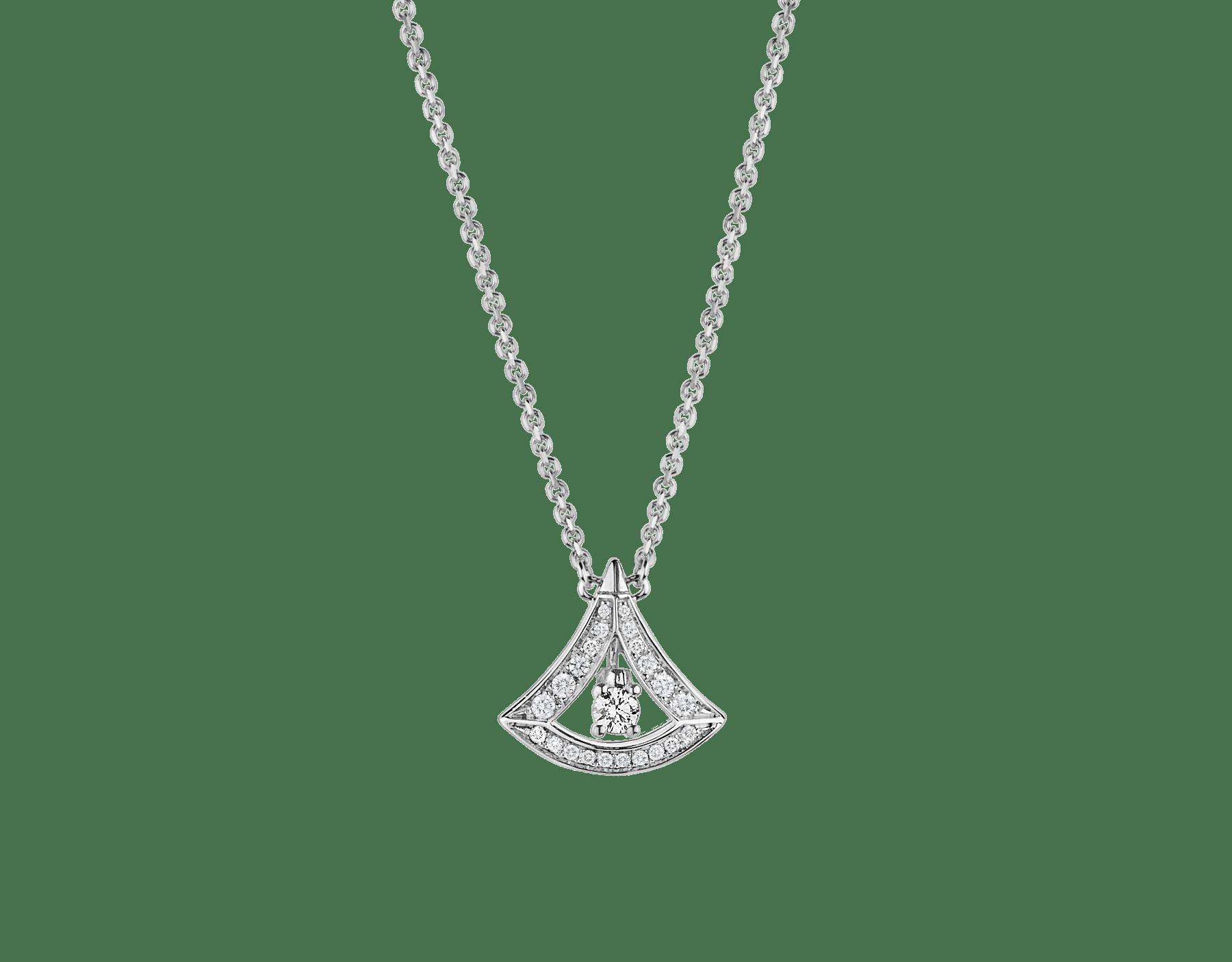 Collier ajouré DIVAS' DREAM en or blanc 18K, pendentif en or blanc 18K avec diamant de centre et pavé diamants (0,25ct). 354049 image 1