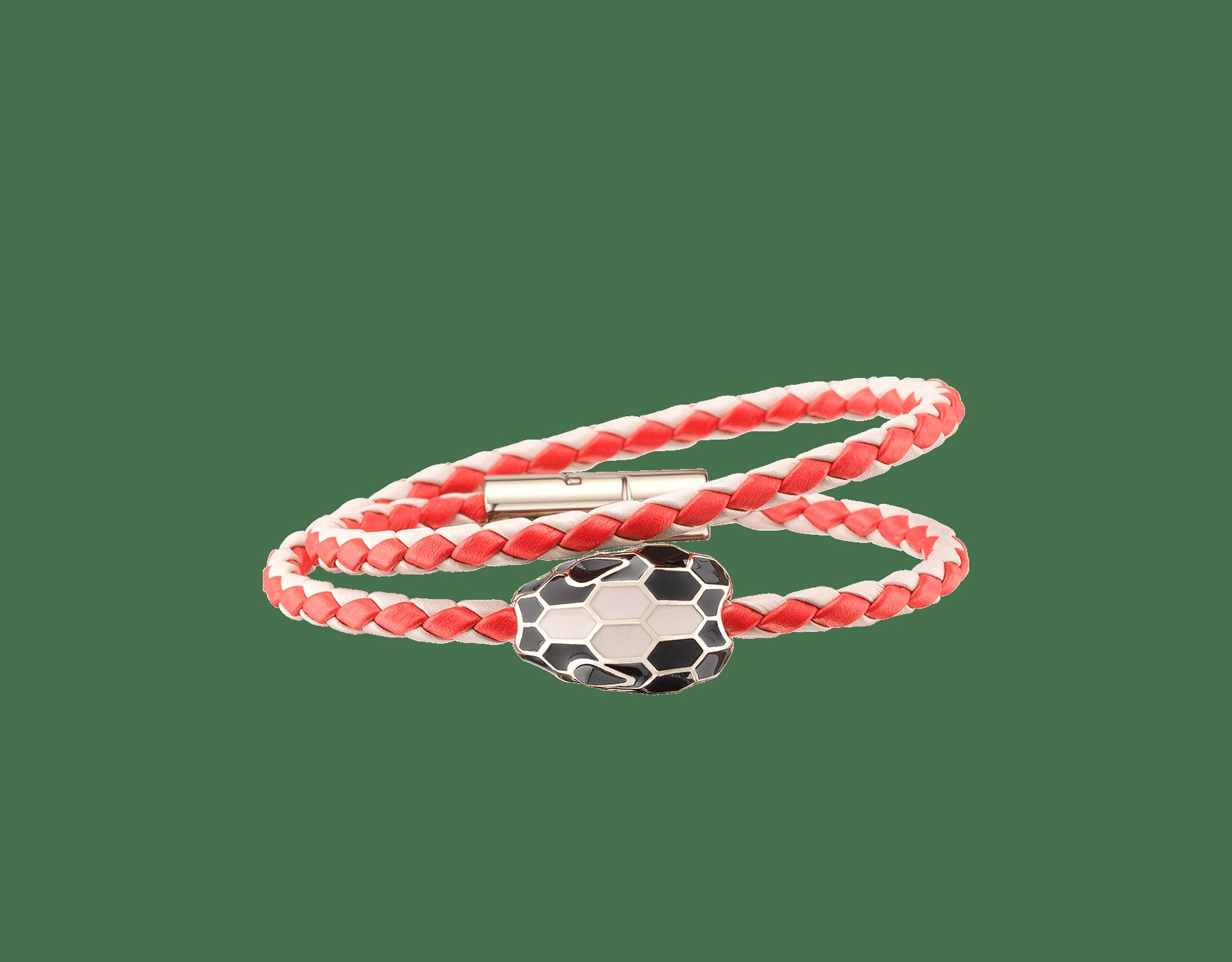 Pulsera trenzada Serpenti Forever de varias vueltas en piel de becerro tejida colores coral estrella de mar y ópalo lechoso con un emblemático motivo de cabeza de serpiente en esmalte negro y color ópalo lechoso. SerpDoubleBraid-WCL-SSCMO image 1