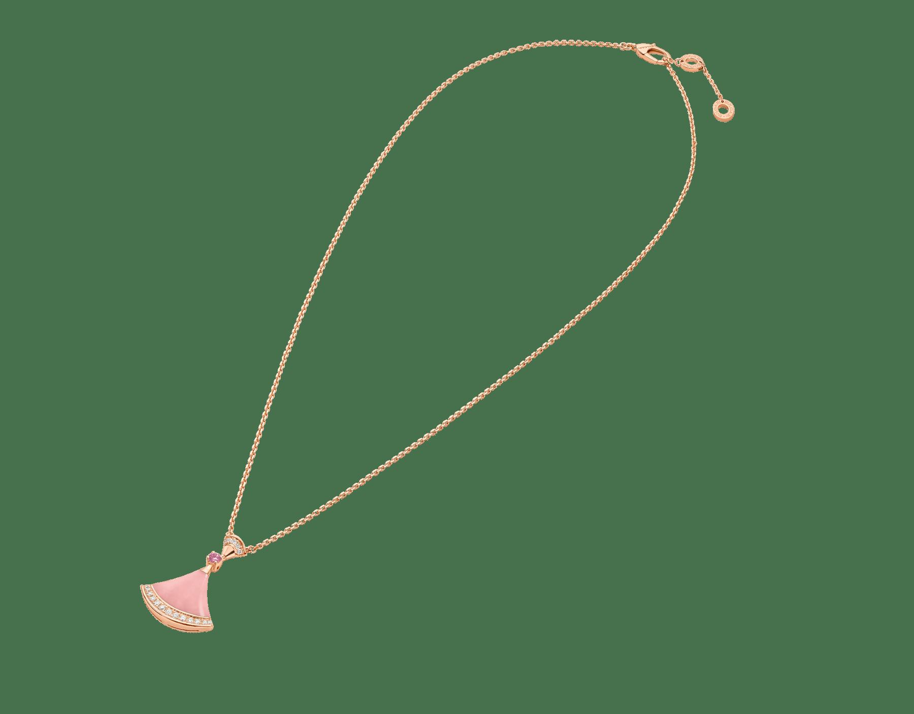 DIVAS' DREAM 18K 玫瑰金項鍊,項墜鑲飾粉紅色蛋白石和 1 顆粉紅色藍寶石,並綴以密鑲鑽石。七夕情人節特別版項鍊。 358131 image 2