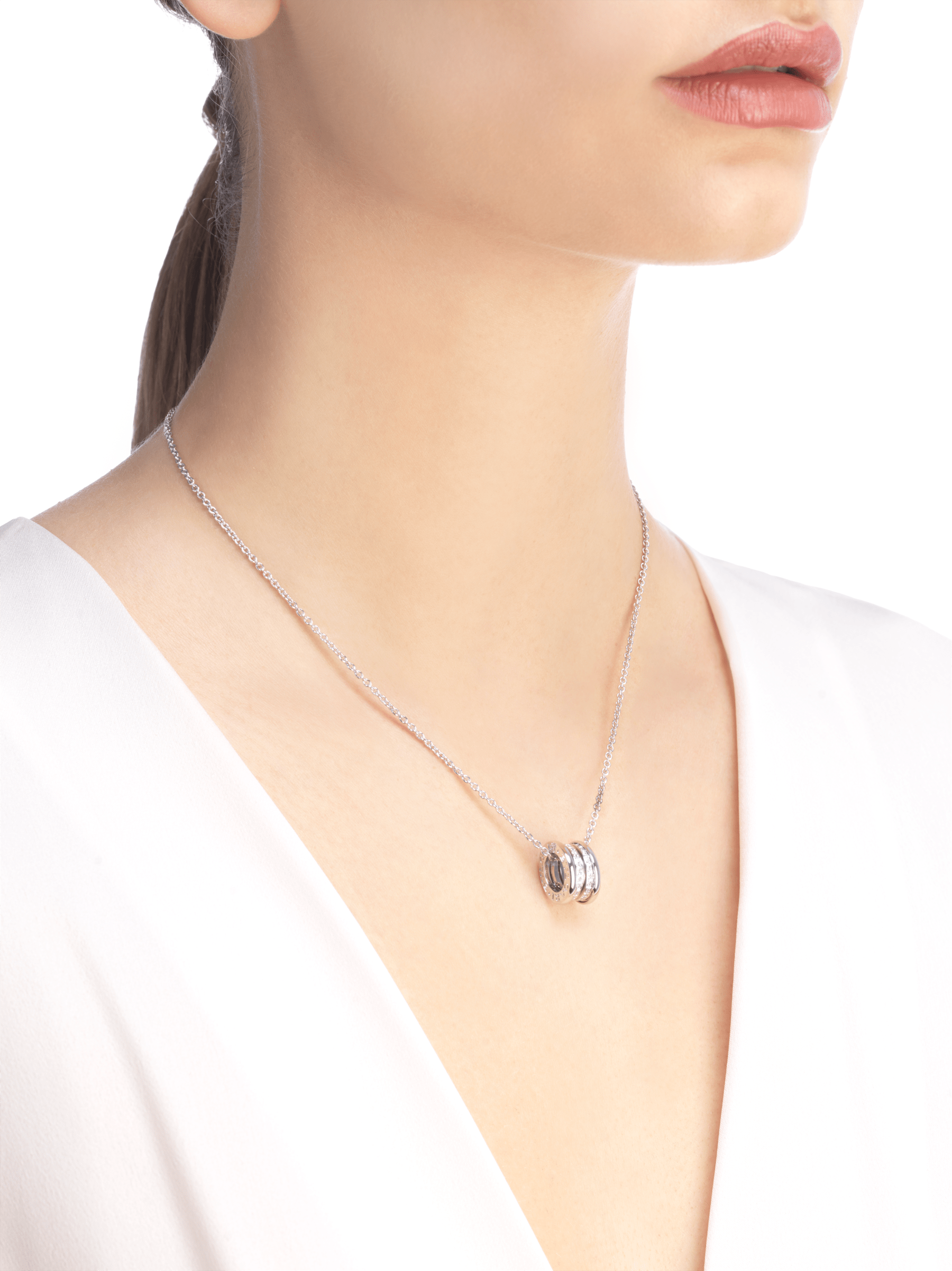 B.zero1 18 kt white gold necklace with small round pendant in 18kt white gold, set with pavé diamonds on the spiral. 352816 image 4