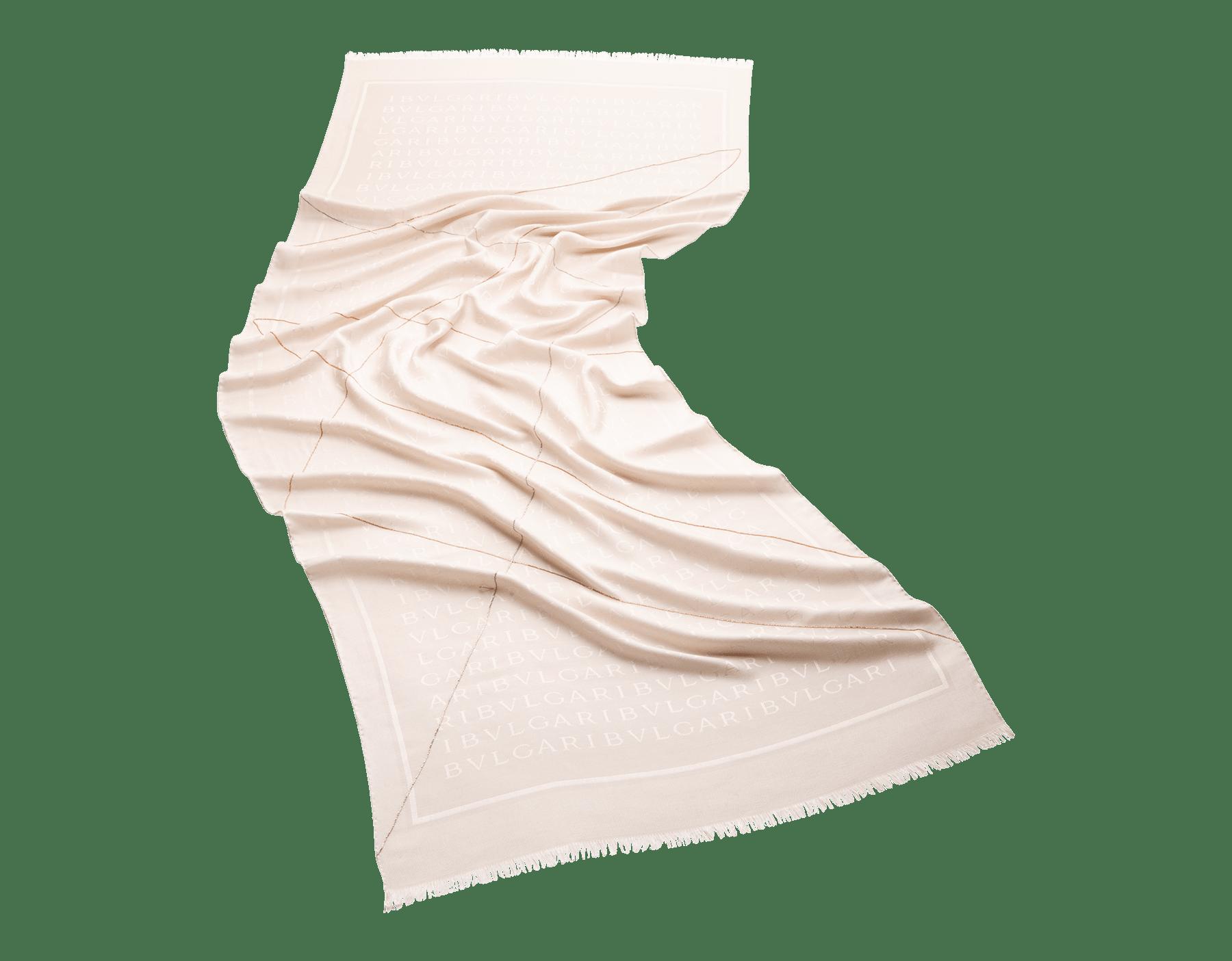 Палантин Lettere Chain цвета белого агата, тонкий шелк и шерсть. 243966 image 1