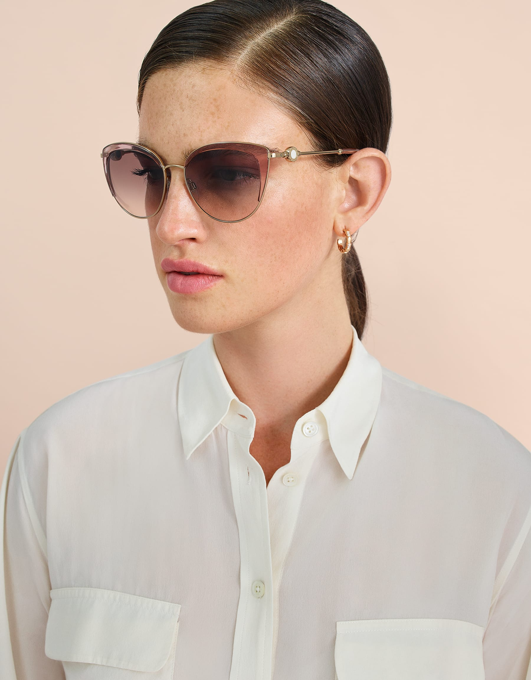 BVLGARI BVLGARI soft cat-eye metal sunglasses featuring a round décor with double logo. 903915 image 3
