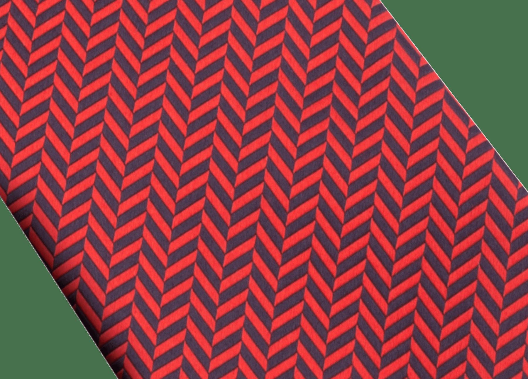 ライトブルーのシェバ―ハート セブンフォールドネクタイ。上質なジャカードシルク製。 ChevrHeart image 2
