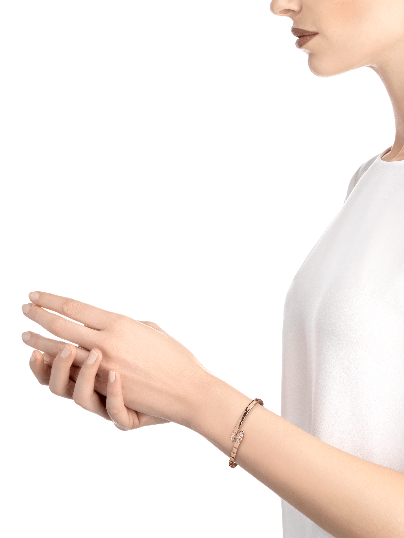 Serpenti Viper 18 kt rose gold bracelet, set with demi-pavé diamonds BR858812 image 3