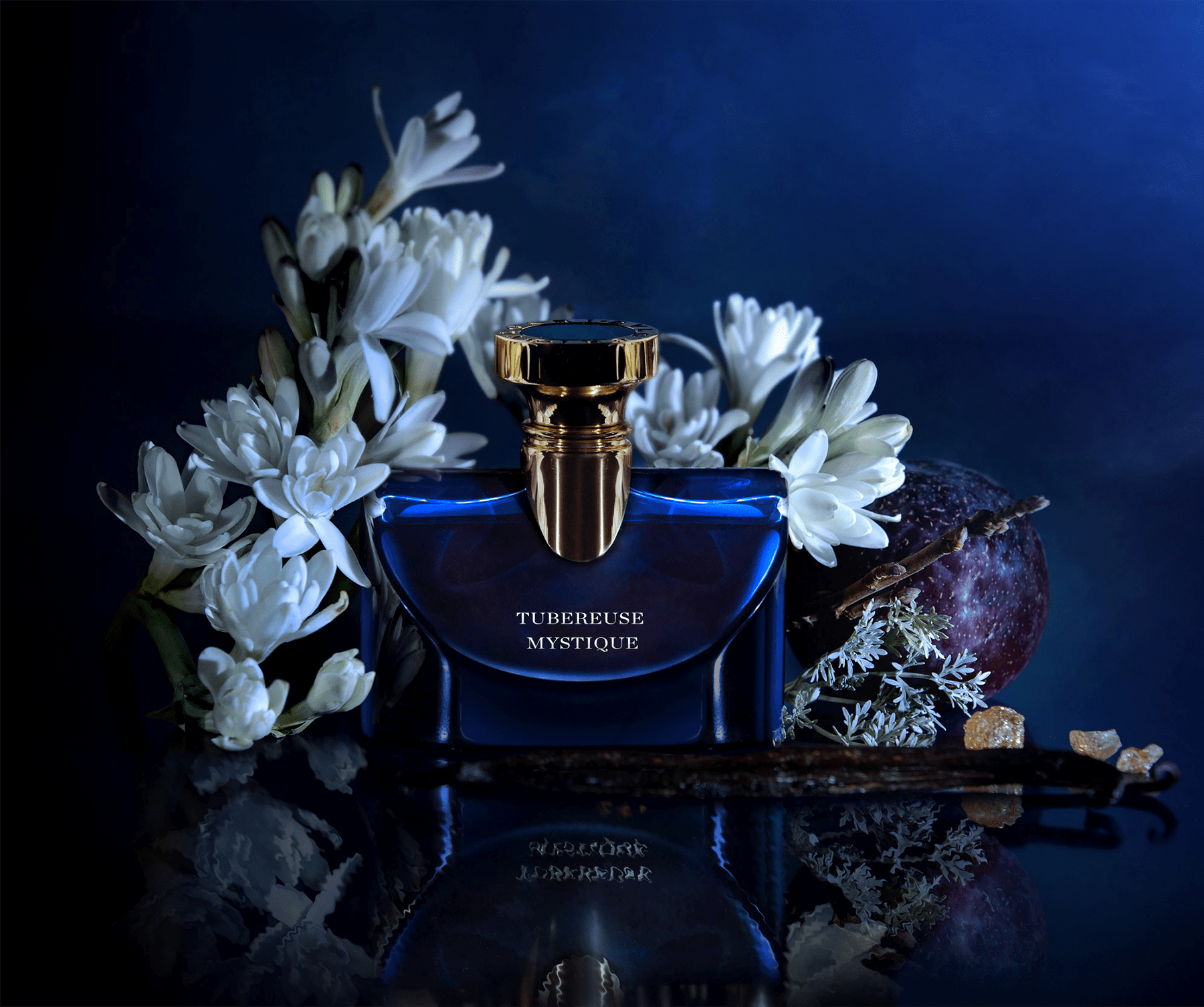 A bewitching oriental floral eau de pafum inspired by the Diva of the Field, the majestic tuberose. 40959 image 3