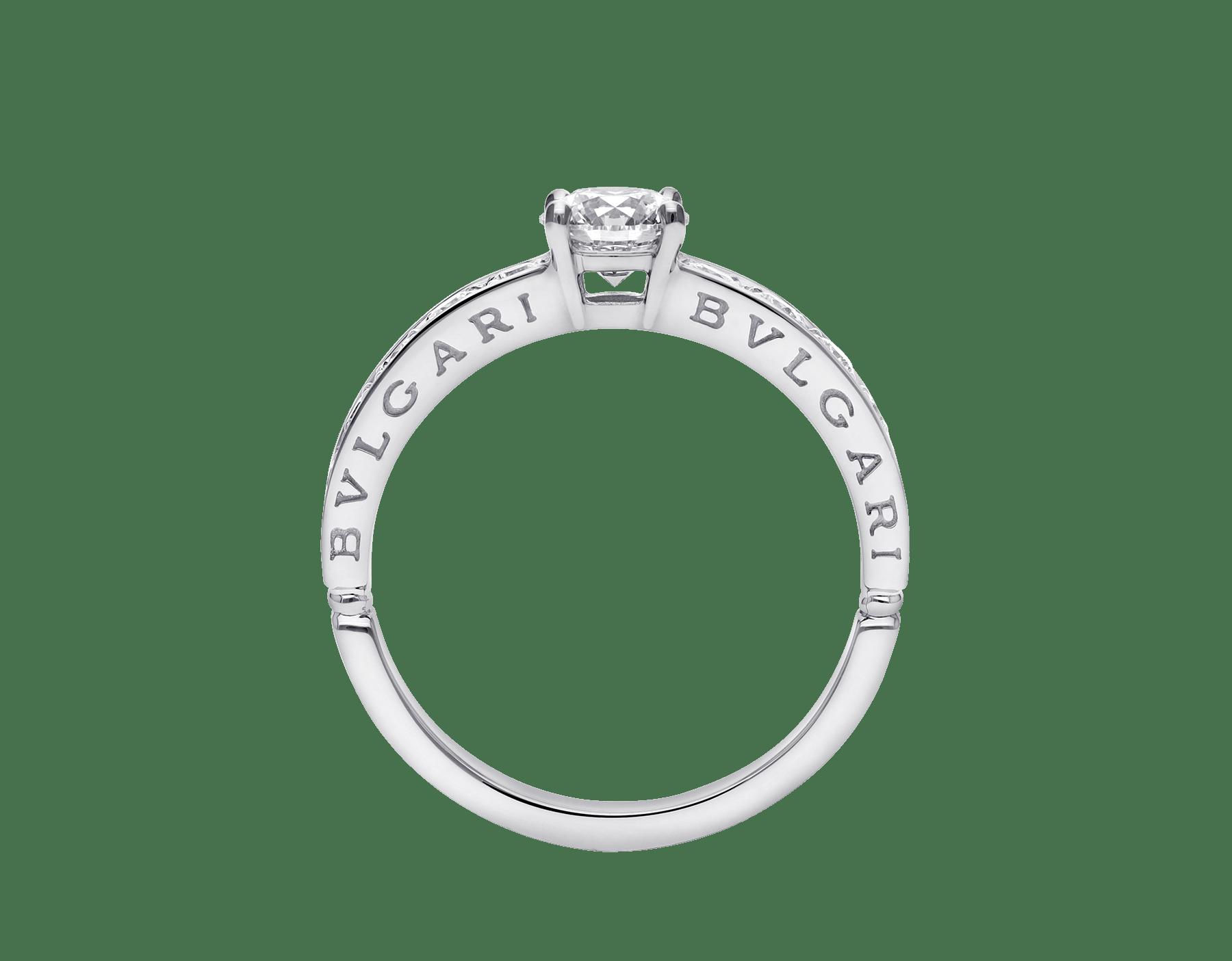 Anello 1503 – Dedicata a Venezia in platino con diamante tondo taglio brillante e pavé di diamanti. 343211 image 4