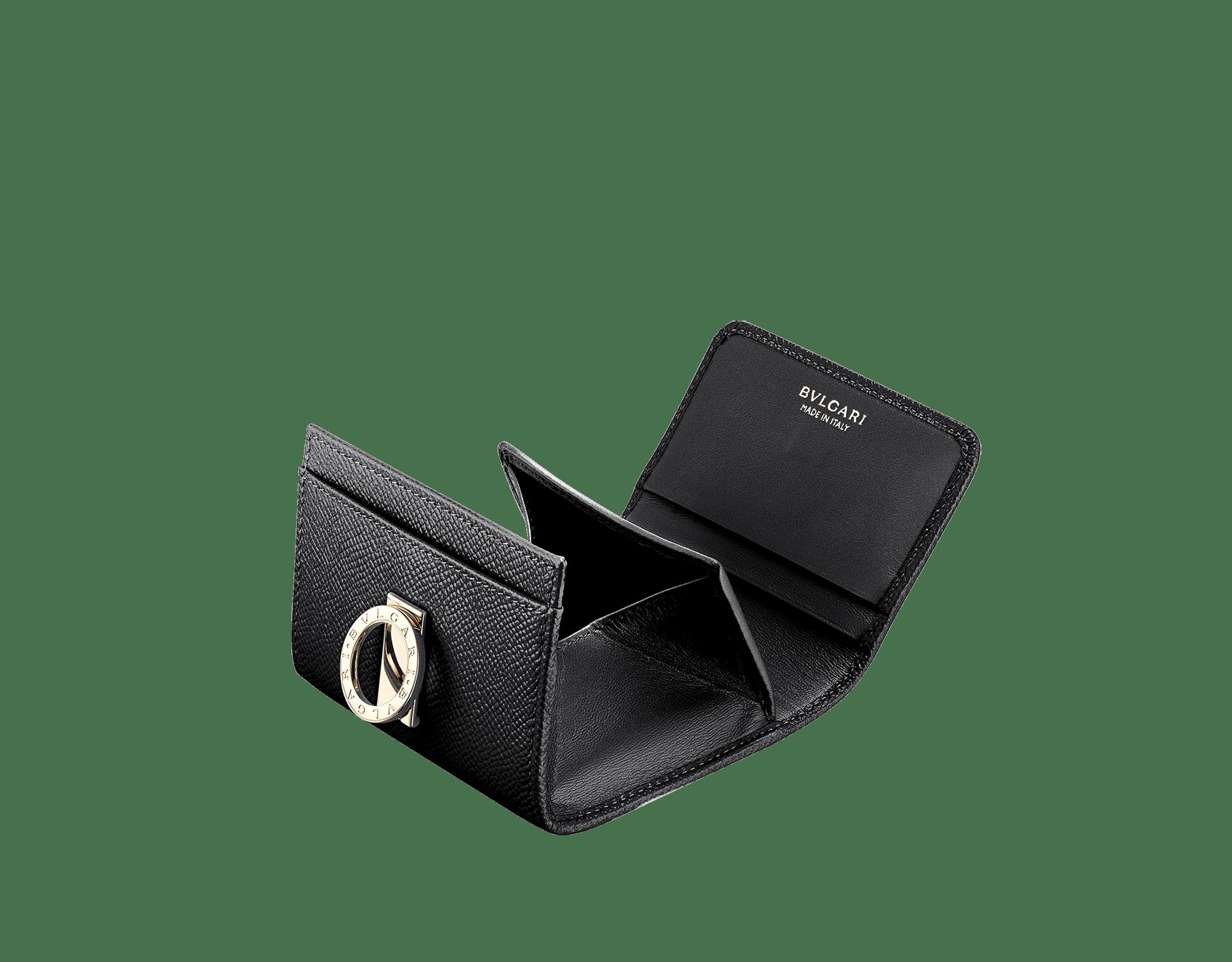 Portefeuille compact BVLGARI BVLGARI en cuir de veau grainé noir et cuir nappa noir. Fermoir emblématique orné du logo BVLGARI BVLGARI en laiton doré. 289991 image 2