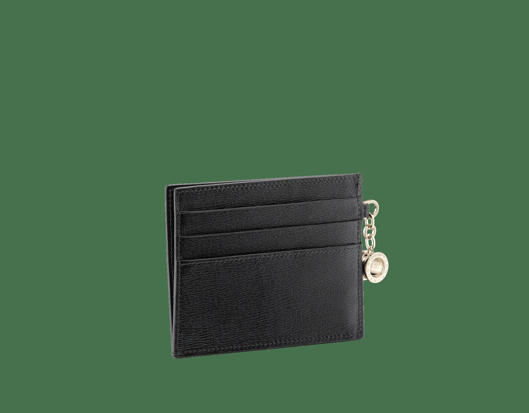 B.zero1 open credit card holder in black goatskin. Iconic B.zero1 charm in light gold plated brass. 288232 image 1