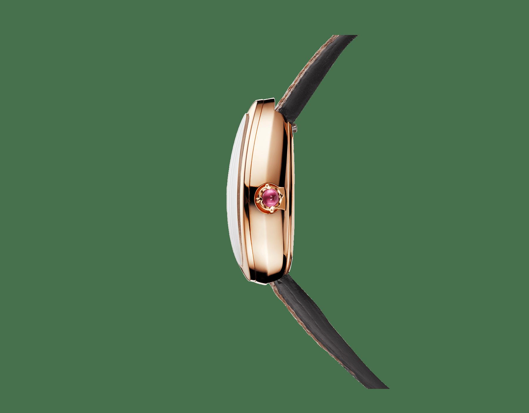 Serpenti Uhr mit Gehäuse aus 18Karat Roségold, weißem Perlmuttzifferblatt und austauschbarem doppelt geschwungenem Armband aus braunem Karungleder 102919 image 2