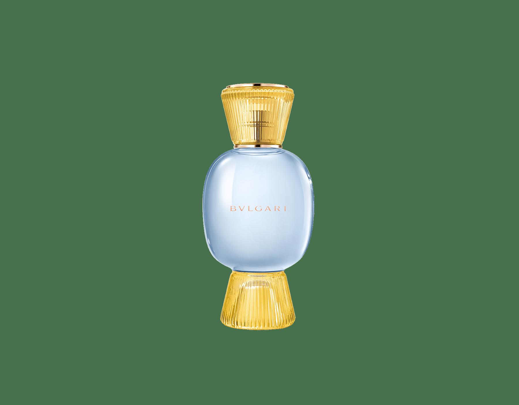 Una exclusiva combinación de perfumes, tan audaz y única como usted. El Eau de Parfum cítrico espumoso Riva Solare de Allegra se combina con la fuerte sensualidad de la Magnifying Patchouli Essence, creando un irresistible perfume femenino personalizado.  Perfume-Set-Riva-Solare-Eau-de-Parfum-and-Patchouli-Magnifying image 2