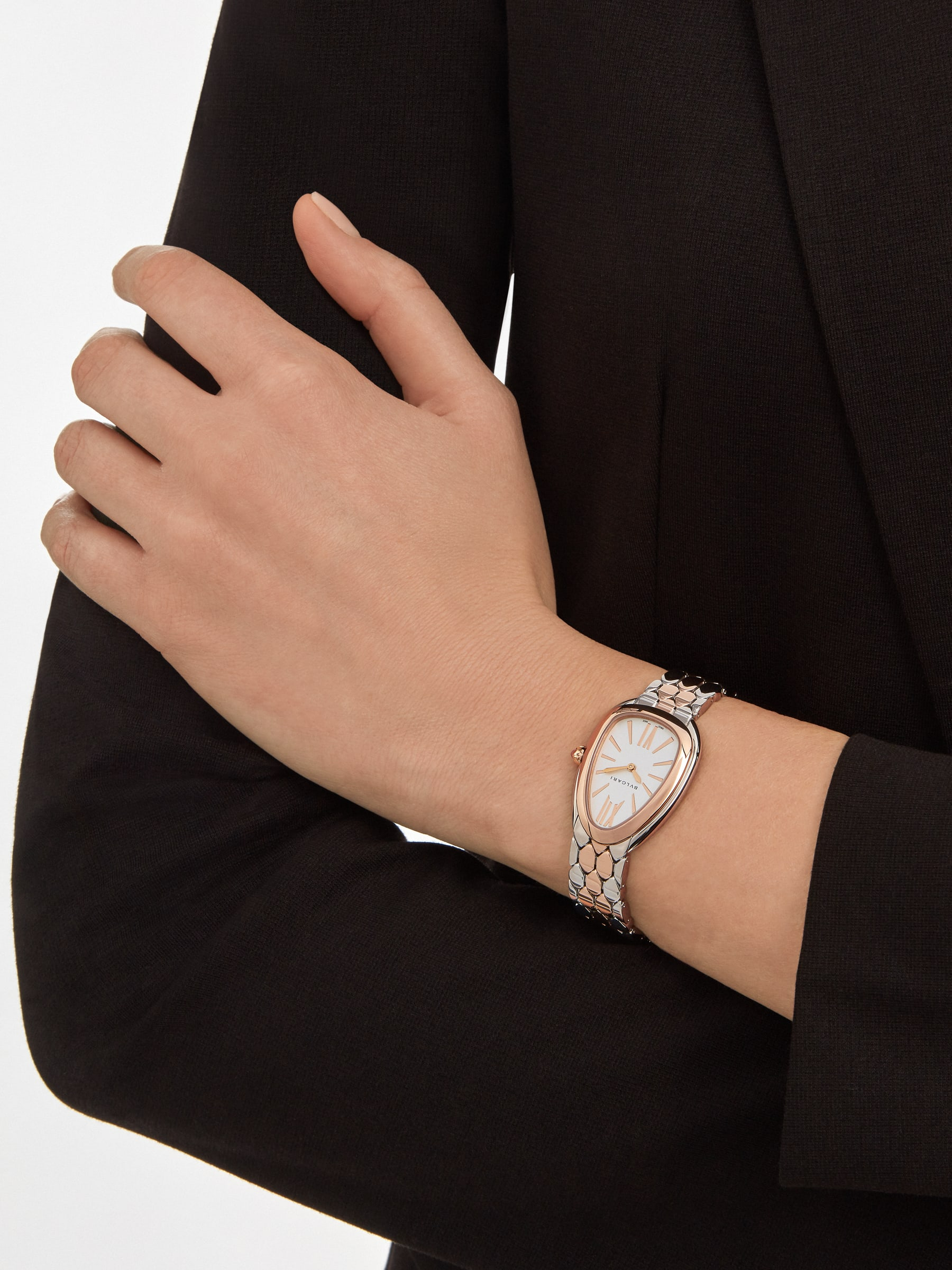 Serpenti Seduttori watch in stainless steel and 18 kt rose gold case and bracelet, with white silver opaline dial 103277 image 4
