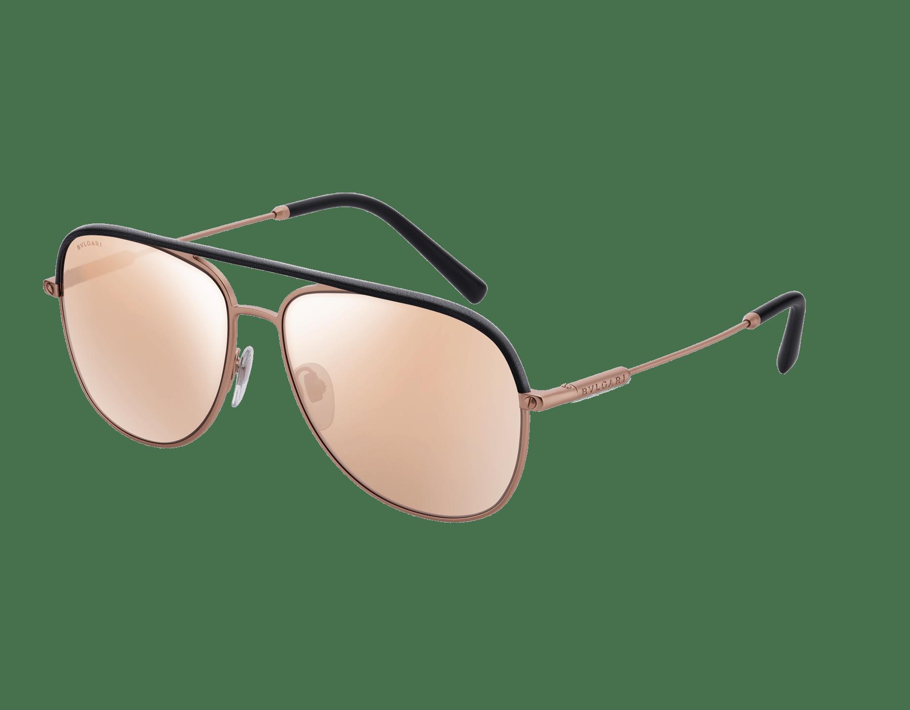 Óculos de sol Bvlgari Diagono com formato aviador em metal com inserções de couro. 903673 image 1