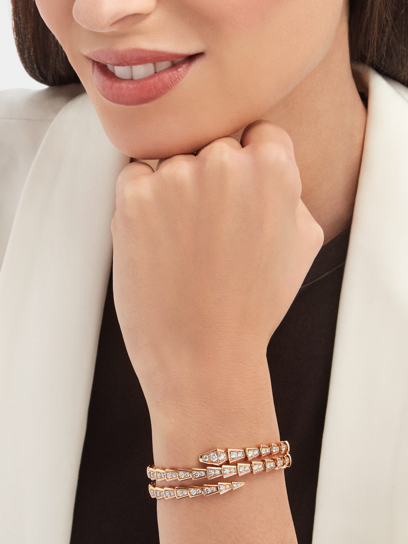 Serpenti Viper two-coil 18 kt rose gold bracelet, set with pavé diamonds BR858796 image 3