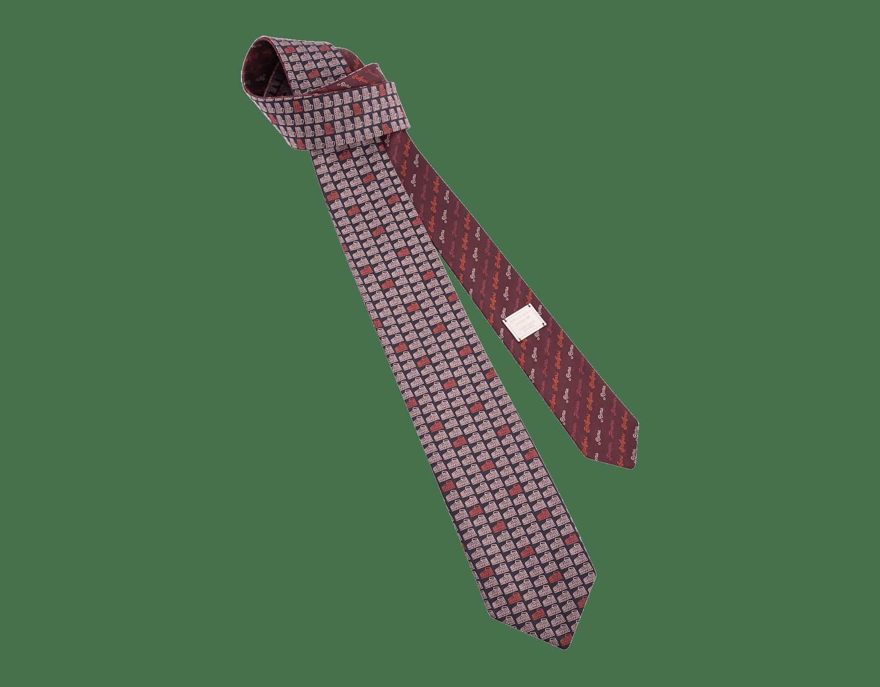 Cravatta nera con motivo Double Roma in seta pregiata. 243727 image 1