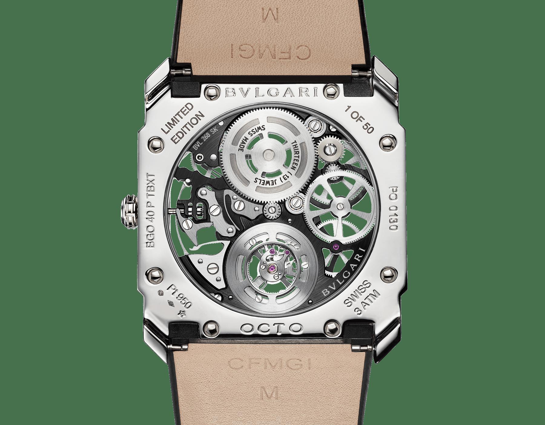 Octo Finissimo Tourbillon Squelette 腕錶搭載超薄鏤空機械機芯,手動上鍊,滾珠軸承系統,鉑金錶殼,透明錶盤,黑色鱷魚皮錶帶。 102719 image 4