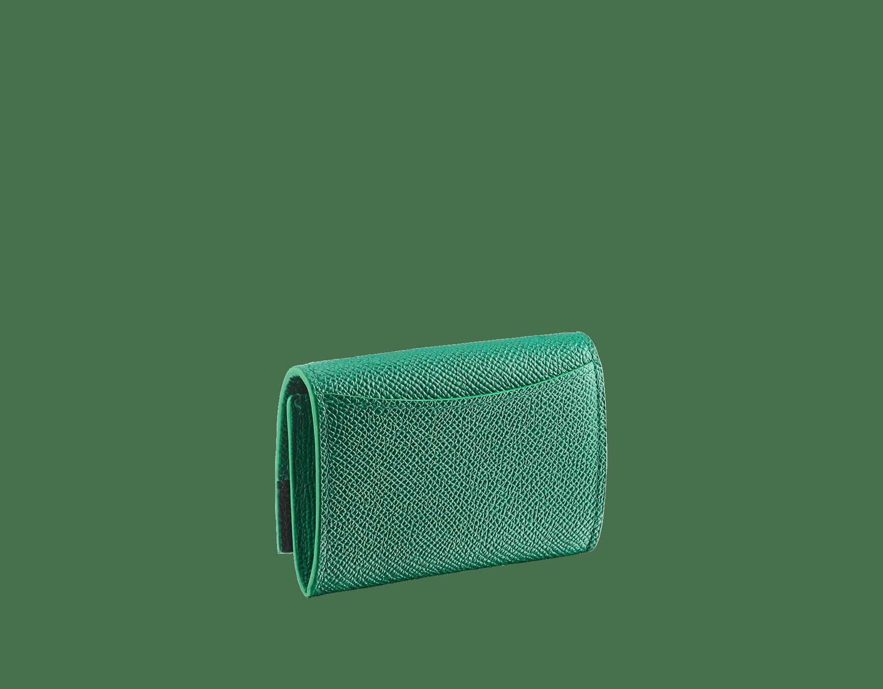"""""""BVLGARI BVLGARI"""" Geldbörse aus smaragdgrünem und schwarzem genarbten Kalbsleder mit einem Futter aus schwarzem Nappaleder. Ikonische Verschlussklammer mit Logo aus palladiumbeschichtetem Messing. BCM-WLT-S-RECTa image 3"""