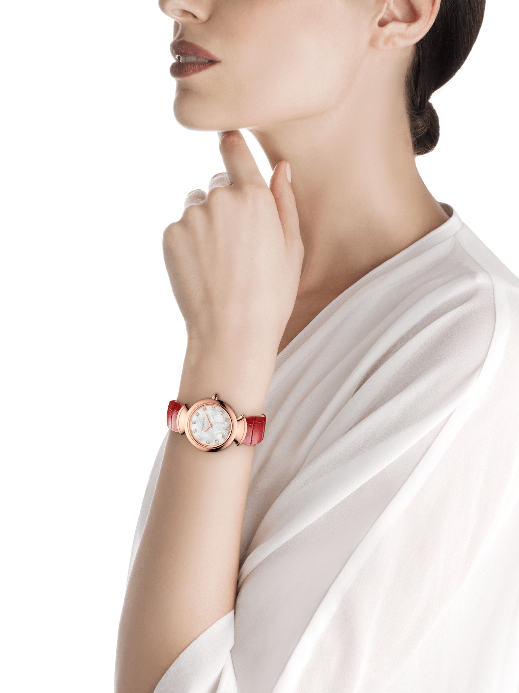 DIVAS' DREAM watch with 18 kt rose gold case, white acetate dial set with diamond indexes and red alligator bracelet. 102840 image 4