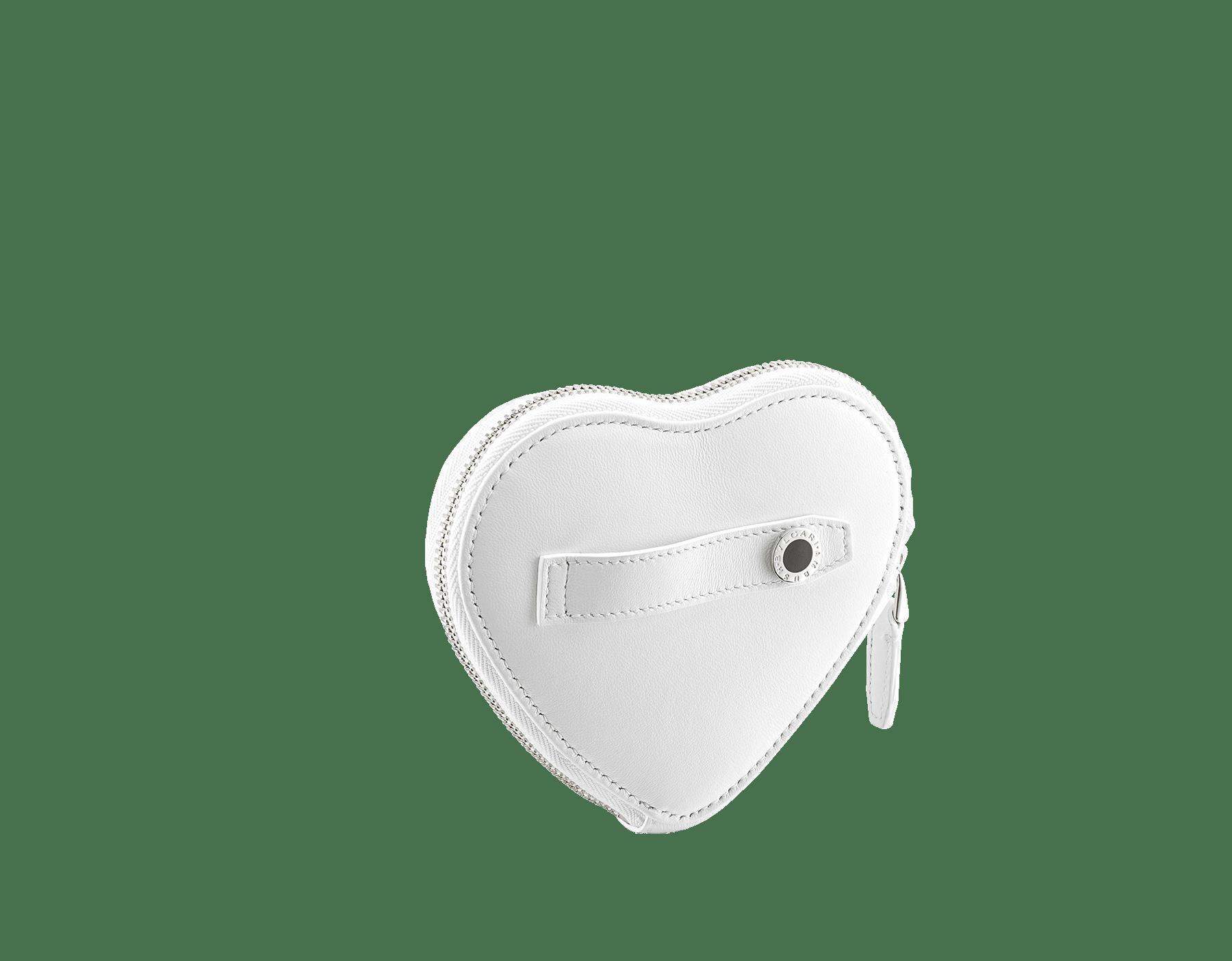 「AMBUSH x BVLGARI」コインパース。フラッシュダイヤモンドキルティングナッパレザー製。フラッシュダイヤモンドナッパレザーをまとったパラジウムプレートブラス製の新しいセルペンティ ヘッド。ブラックオニキスの目で仕上げています。日本限定リミテッドエディション 290428 image 3