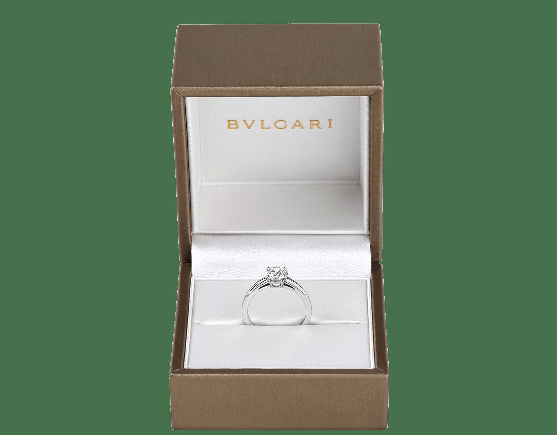 Solitaire Griffe en platine serti d'un diamant rond taille brillant AN201215 image 5