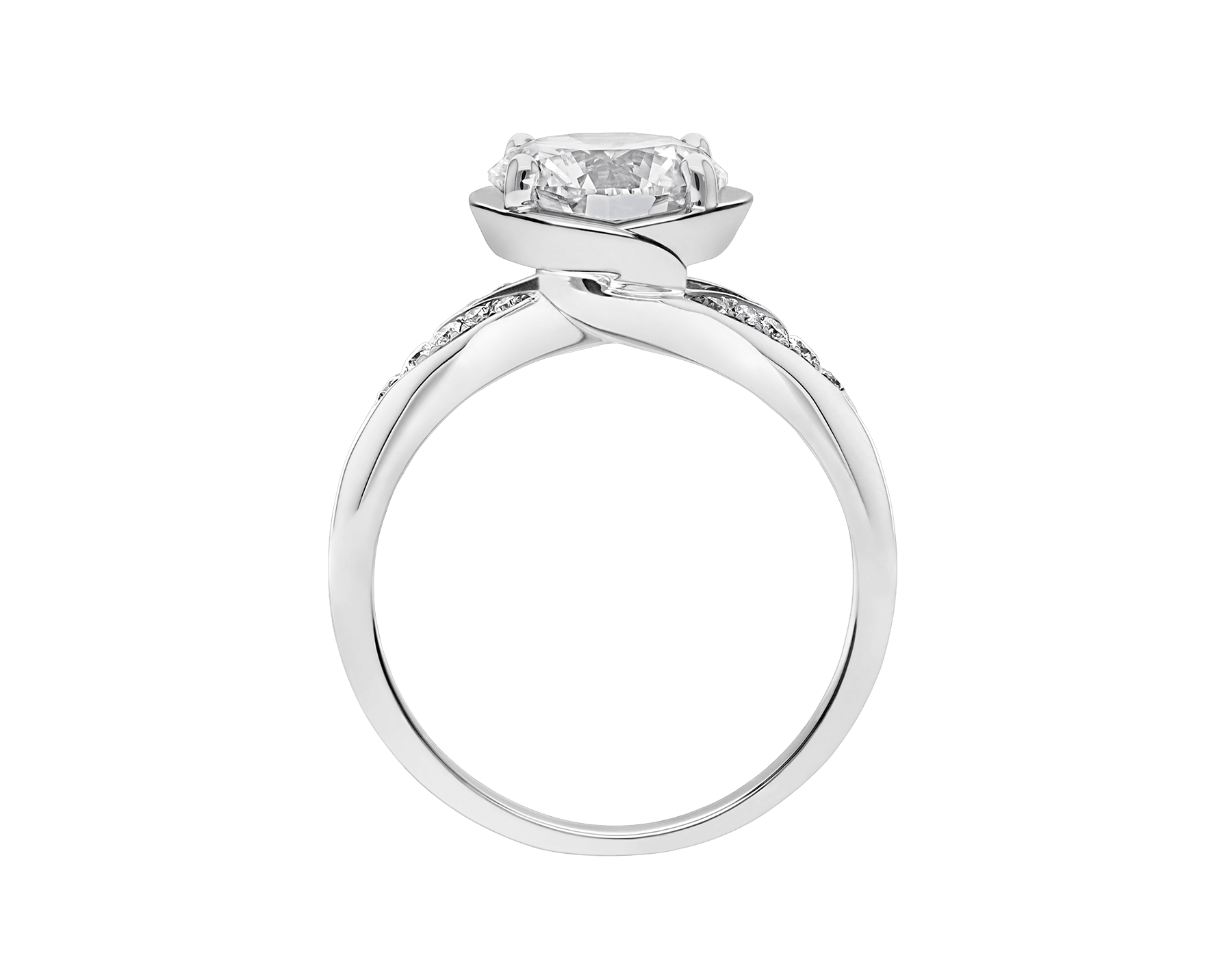 Incontro d'Amore ring in platinum with round brilliant-cut diamond and pavé diamonds. Available from 0.20 ct. As its pavé rows embrace a diamond apex, Incontro d'Amore joins two hearts as one. 355808 image 4