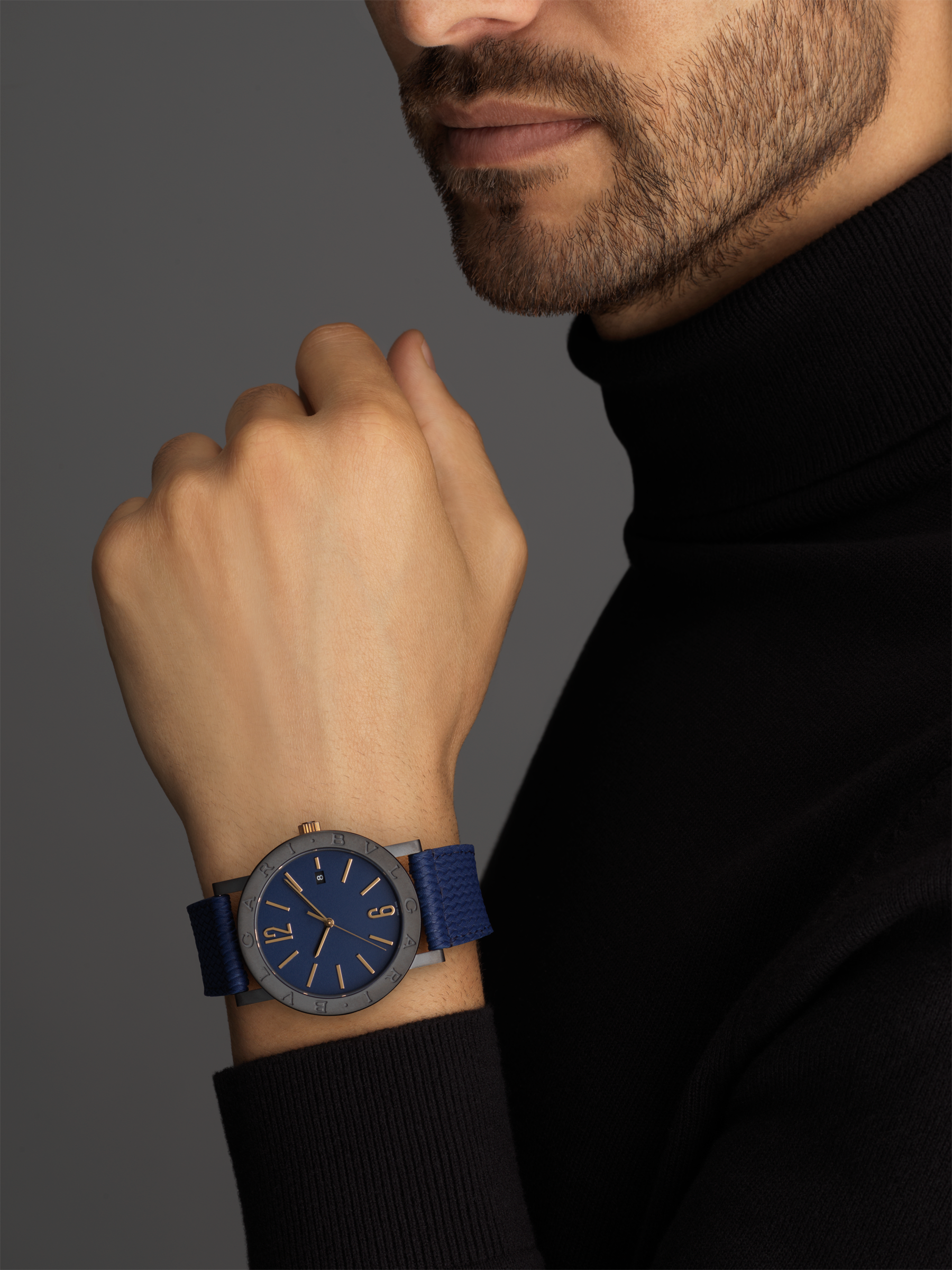 BVLGARI BVLGARI watch with mechanical manufacture movement, automatic winding and date, stainless steel case treated with Diamond Like Carbon and logo engraving on the bezel, blue dial and a blue rubber bracelet. 103133 image 2