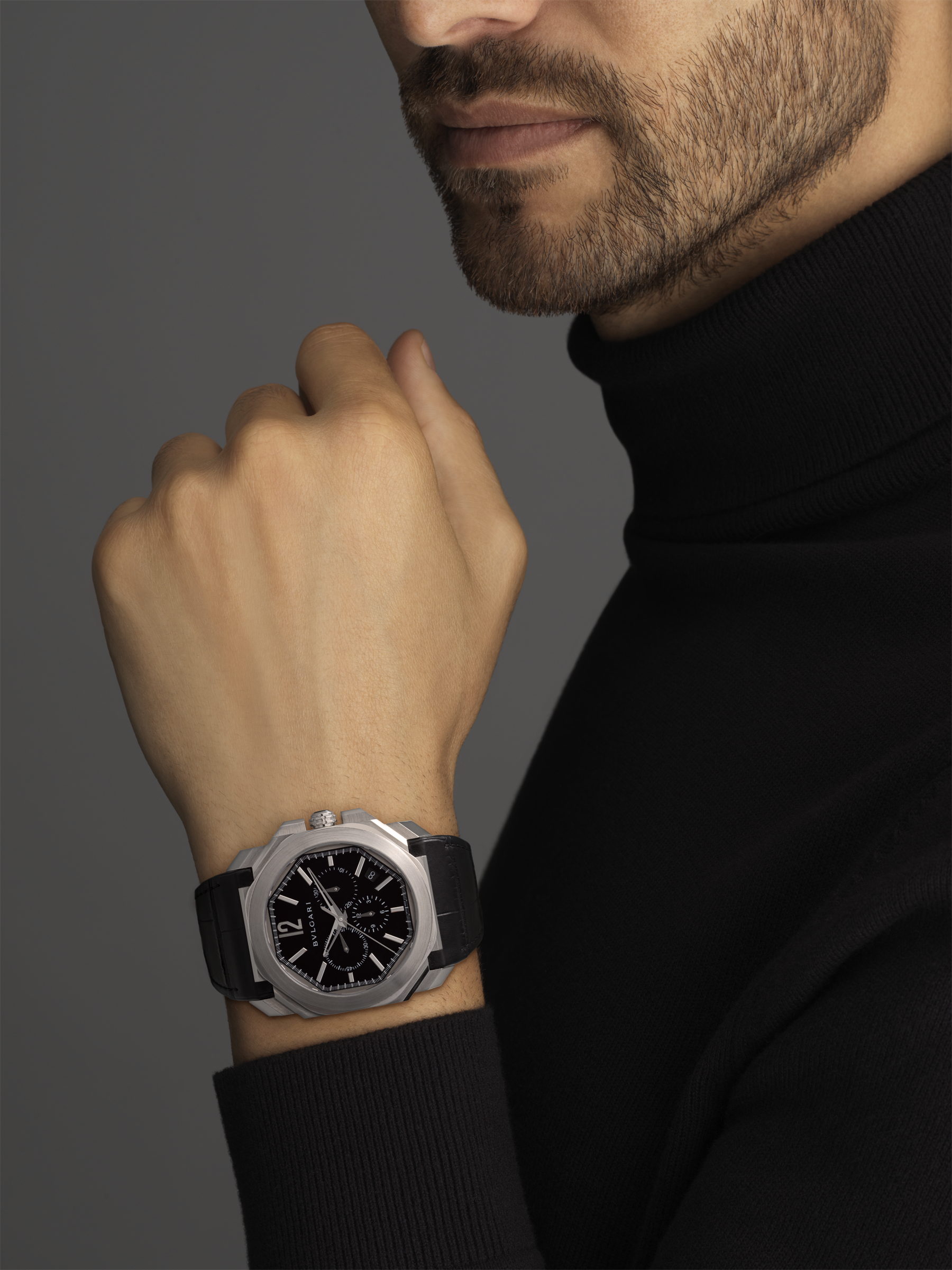 Octo watch with mechanical manufacture movement, high-frequency chronograph, automatic winding and date, stainless steel case, black lacquered dial and black alligator bracelet. 102103 image 2