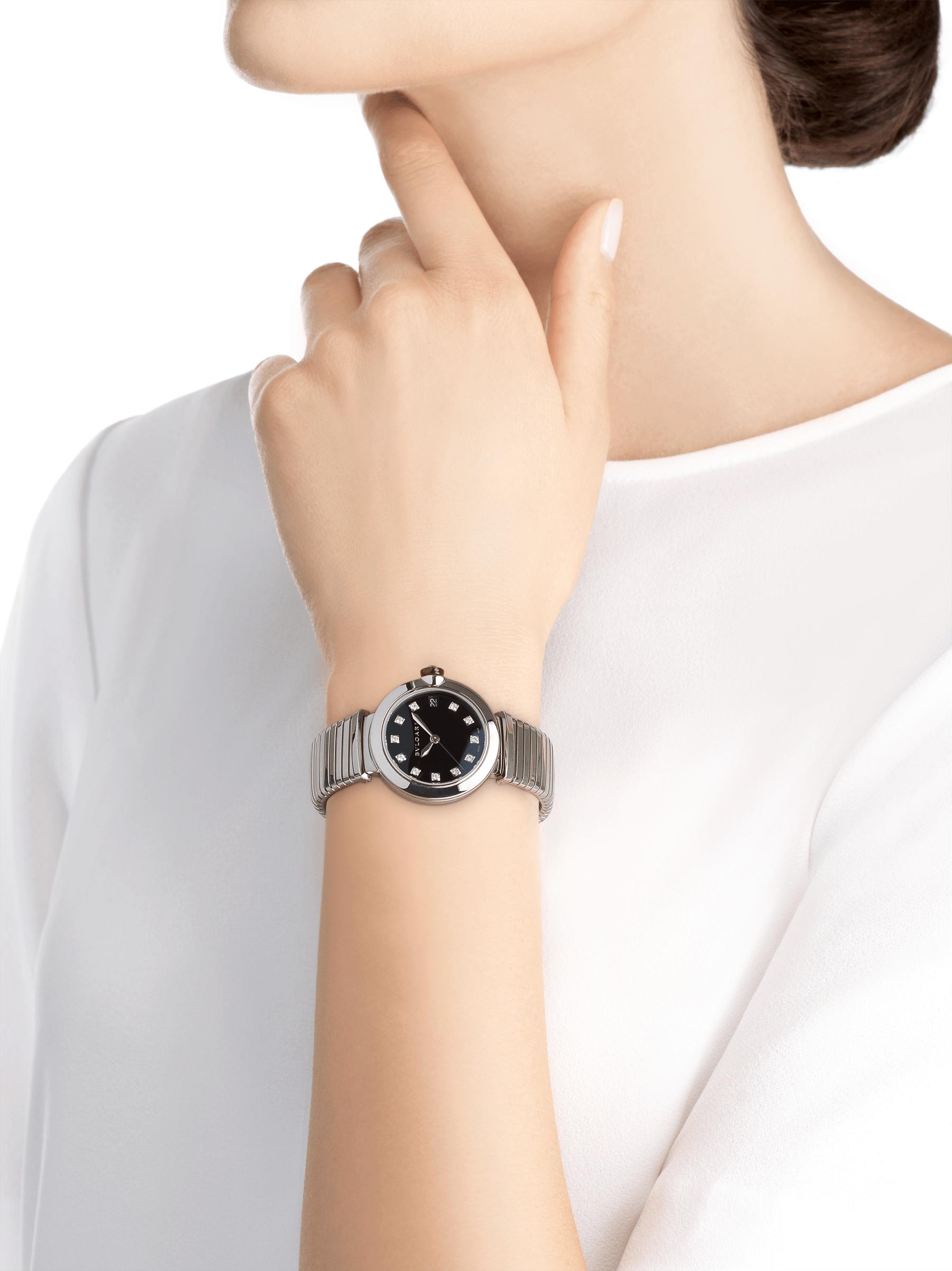 LVCEA Tubogas光环腕表,精钢表壳和Tubogas表链,搭配黑色漆面表盘和钻石时标。 102953 image 4