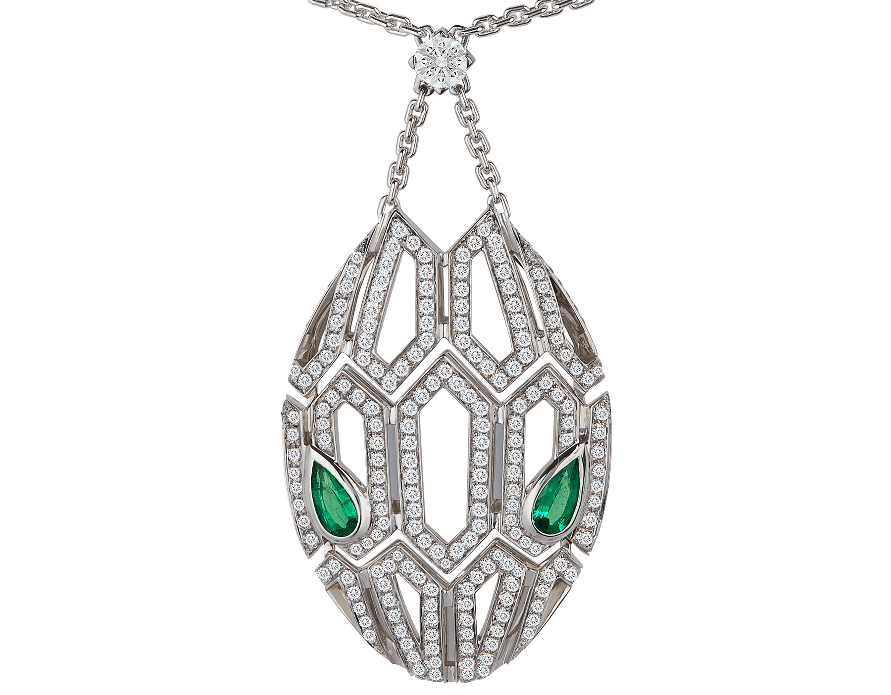 Sublimando as escamas de uma serpente com um encantador motivo hexagonal desenhado com diamantes cravejados, o colar Serpenti brilha com desejo e com o magnetismo irresistível de seus olhos de esmeralda. 352752 image 3