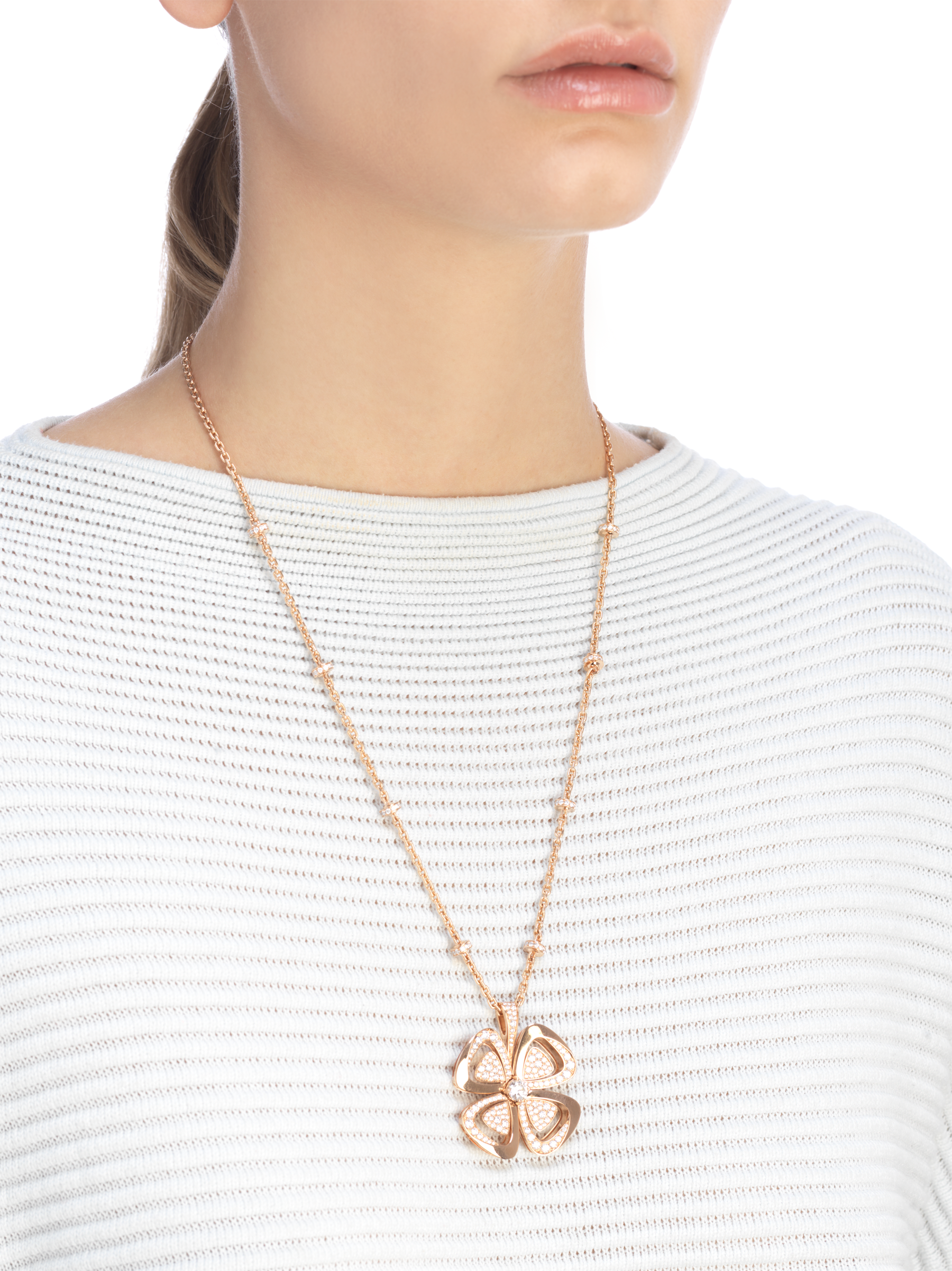 Fiorever 18 kt rose gold necklace set with a central round brilliant-cut diamond and pavé diamonds. 357218 image 4